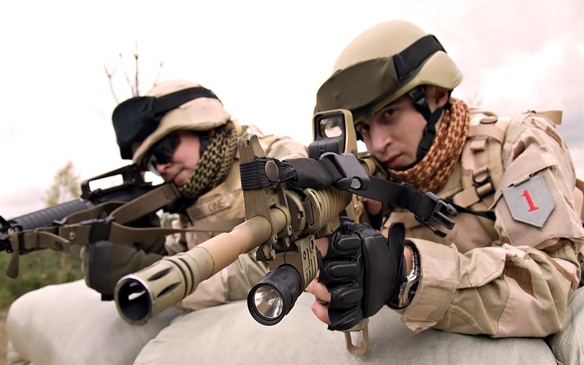 1152x720 Army Soldiers with Sniper Rifle Photo