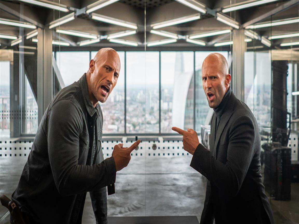 1152x864 Fast and Furious Presents Movie Actor Dwayne Johnson as Hobbs and Jason Statham as Shaw