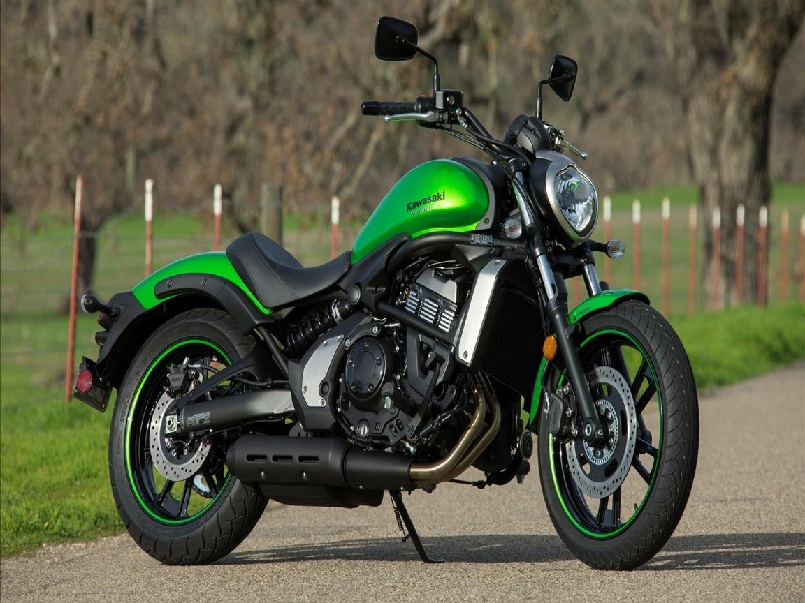 1152x864 Kawasaki Vulcan S Bike on Road HD Wallpaper