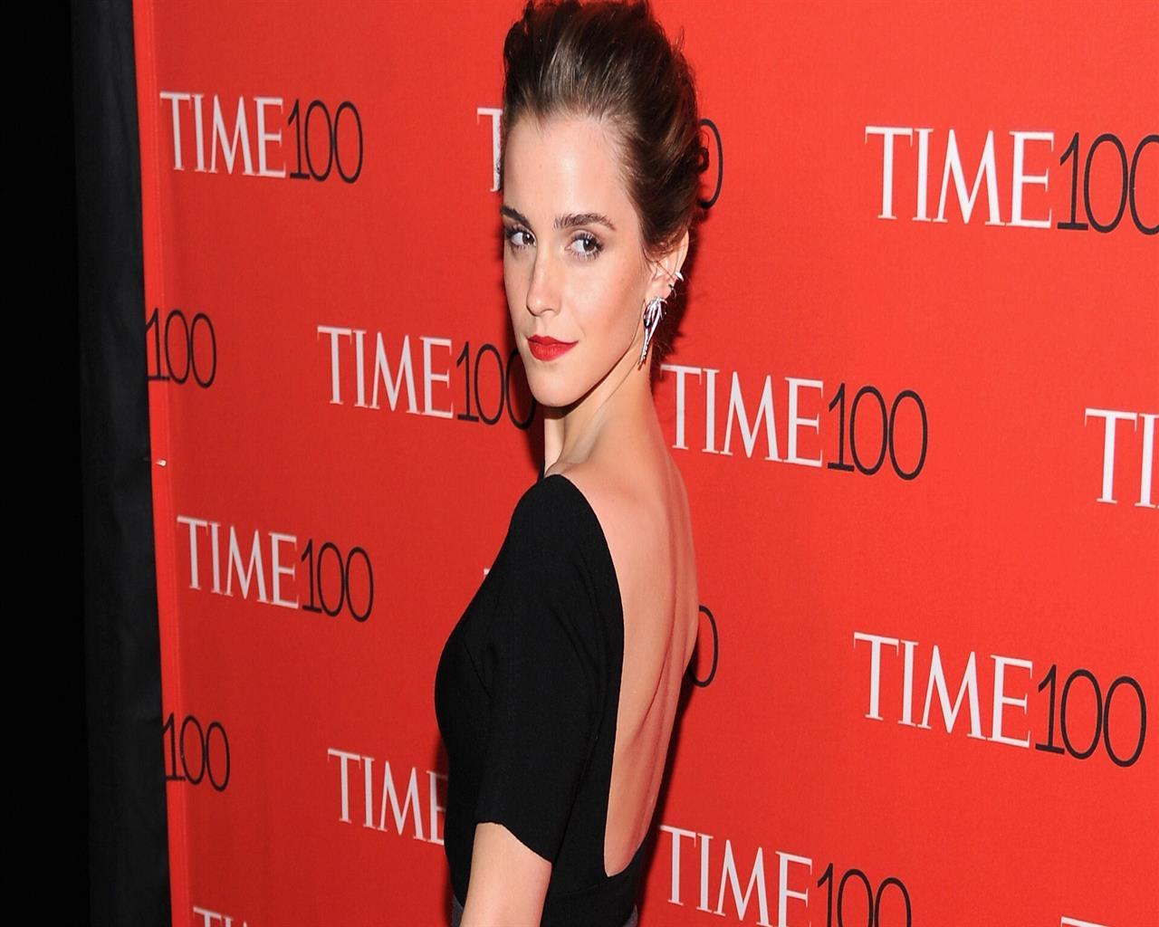 Hd wallpaper emma watson - 1280x1024 Emma Watson In Red Lips Hd Image