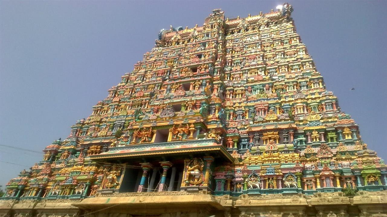 1280x720 Minakshi Temple in South India Photo
