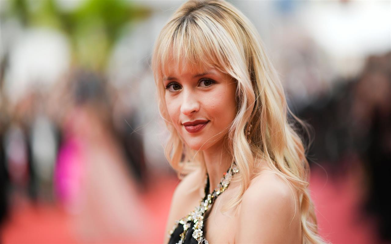 1280x800 Angele Belgian Singer in Cannes Film Festival 2019 HD Photos