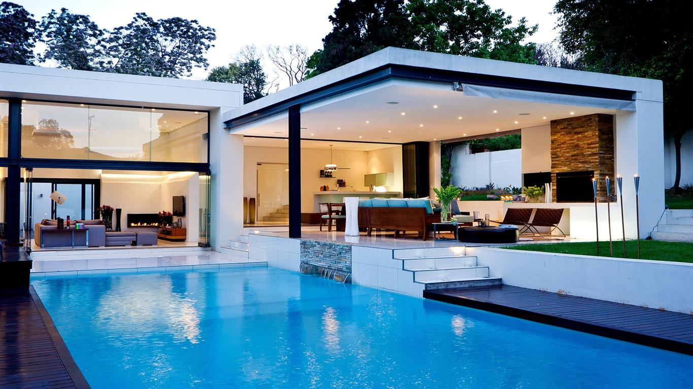 1366x768 Beautiful Luxury House with Swiming Pool Wallpapers for Desktop