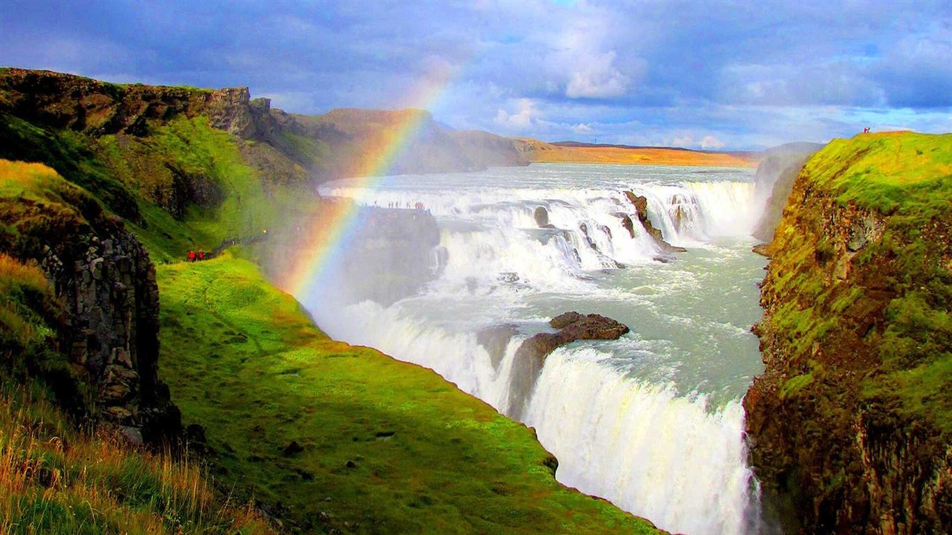 1366x768 Gullfoss Waterfall in Iceland