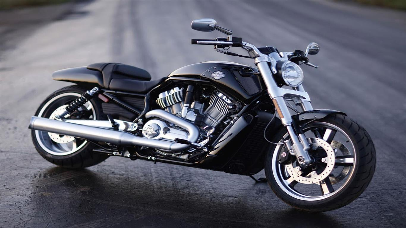 1366x768 Harley Davidson Bike on Road Image