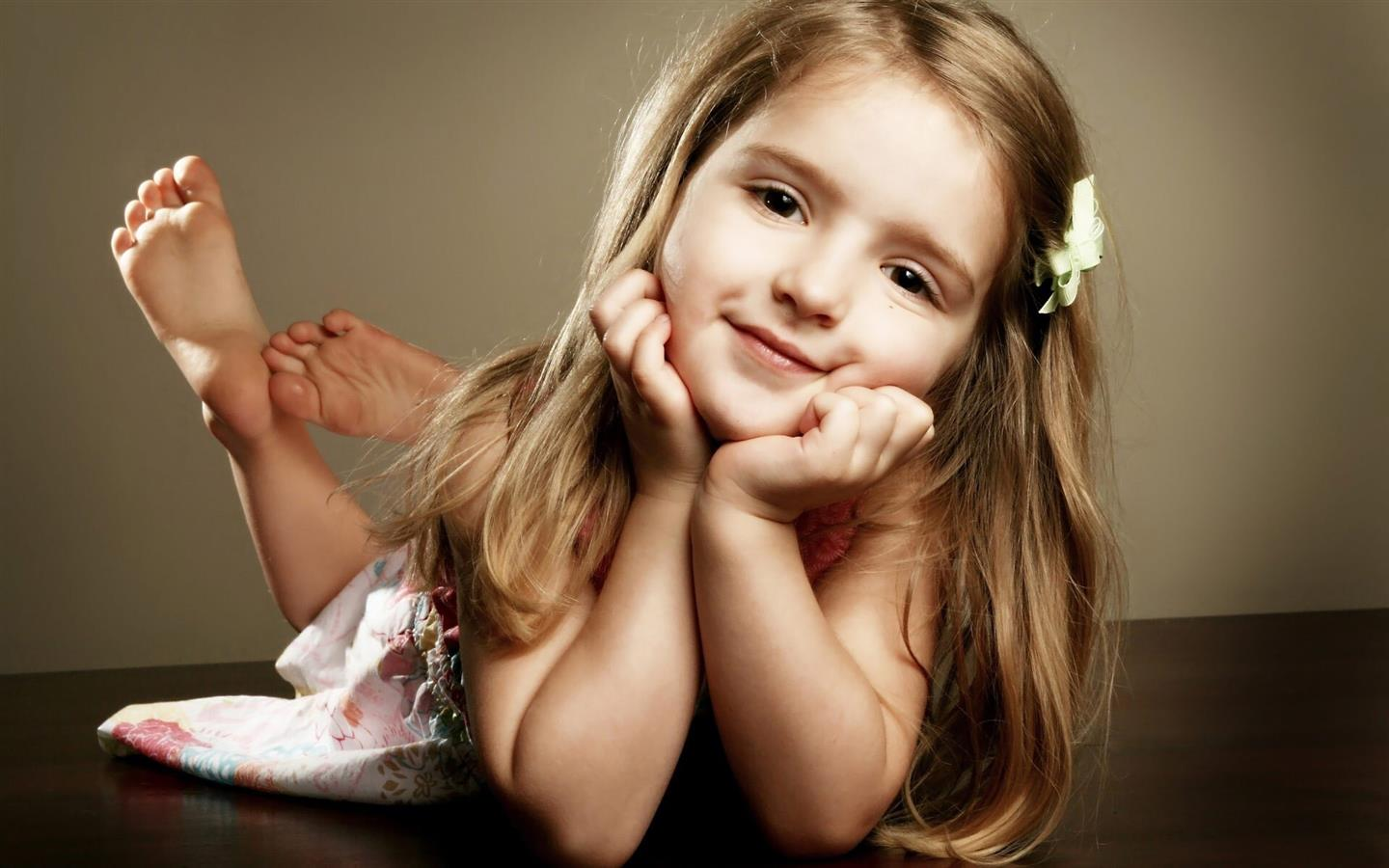 1440x900 Pretty Cute Baby Girl Nice Wallpapers