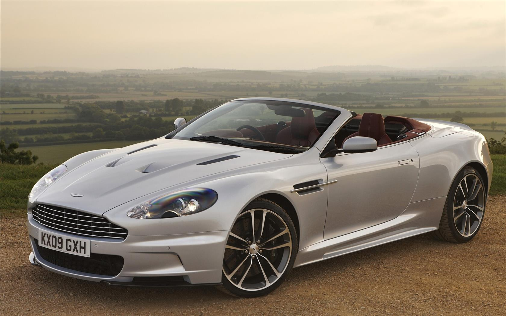 1680x1050 Luxury Convertible Aston Martin Car Wallpaper