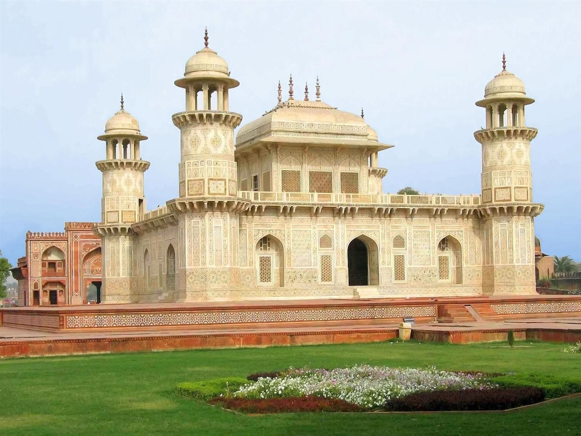 1920x1440 Tomb of Itmad Ud Daulah Wallpaper