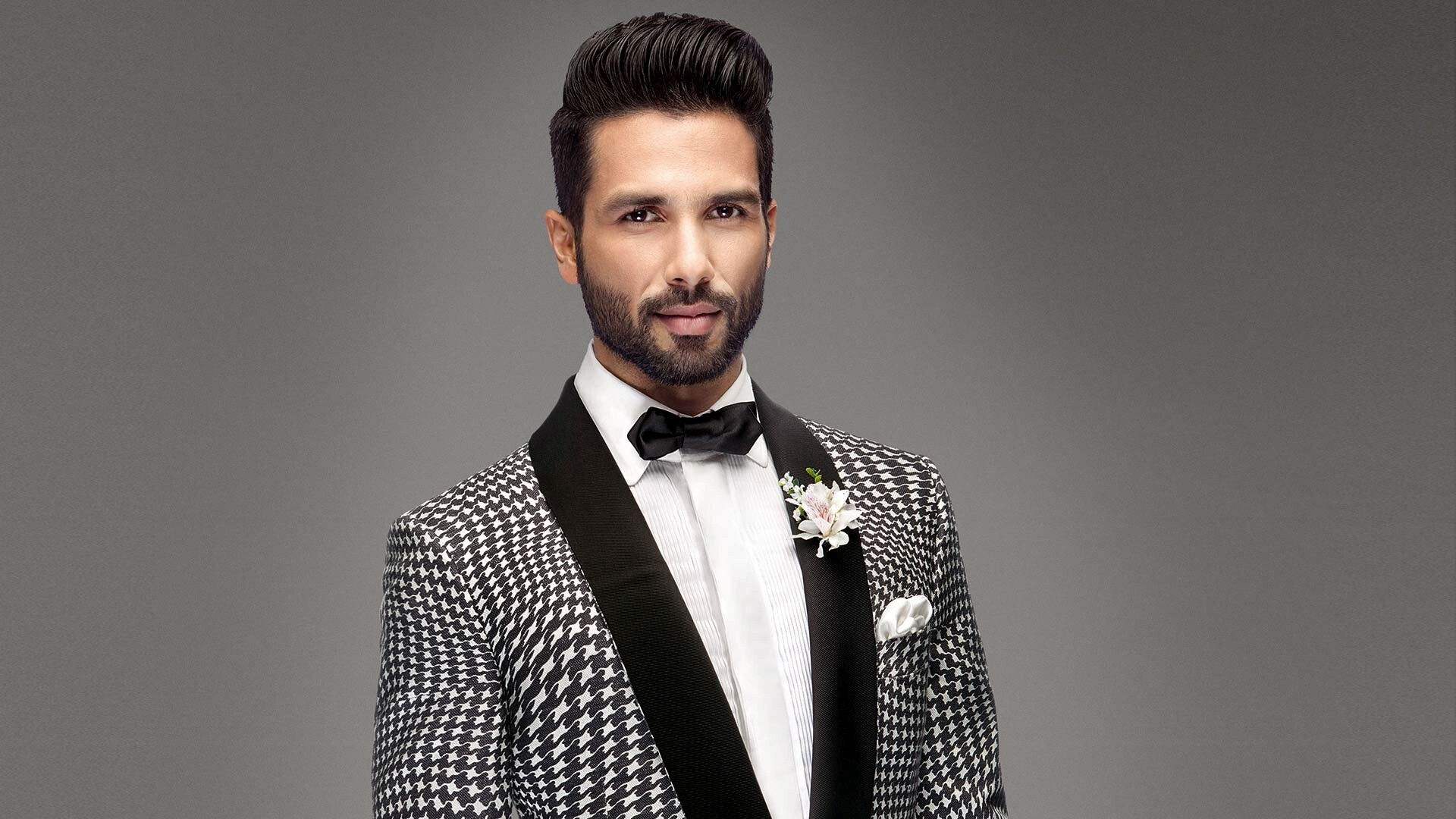 actor shahid kapoor with new hair style photo | hd wallpapers