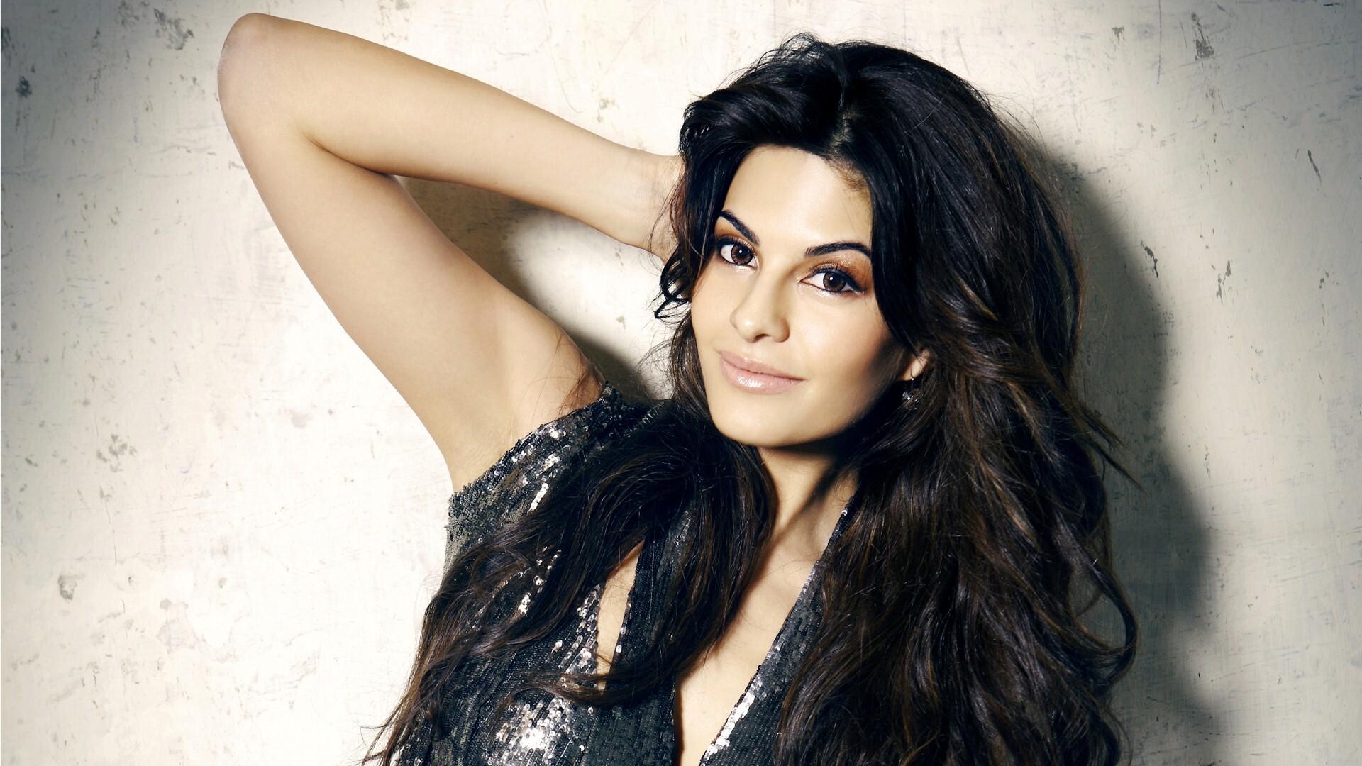 Hindi film heroine photo download