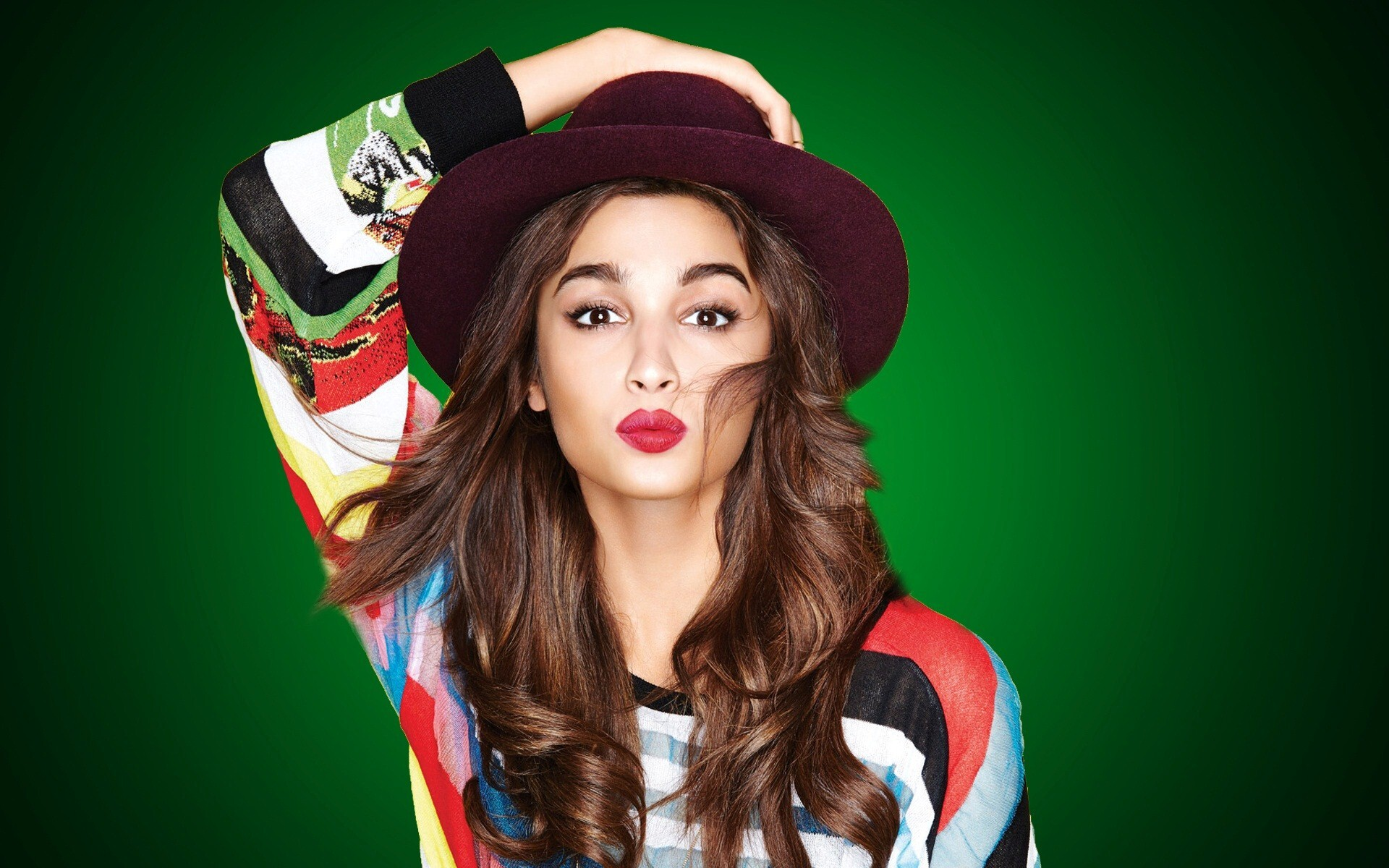 actress alia bhatt wearing cap hd wallpapers | hd wallpapers