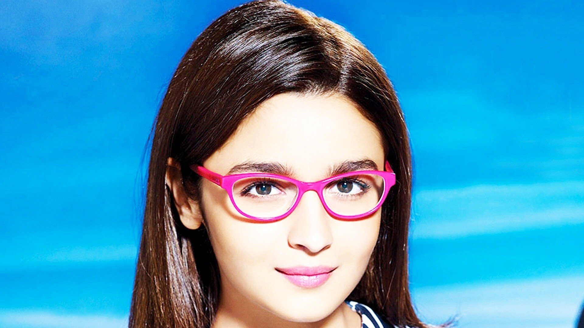 latest photo of alia bhatt in goggles hd photo | hd wallpapers
