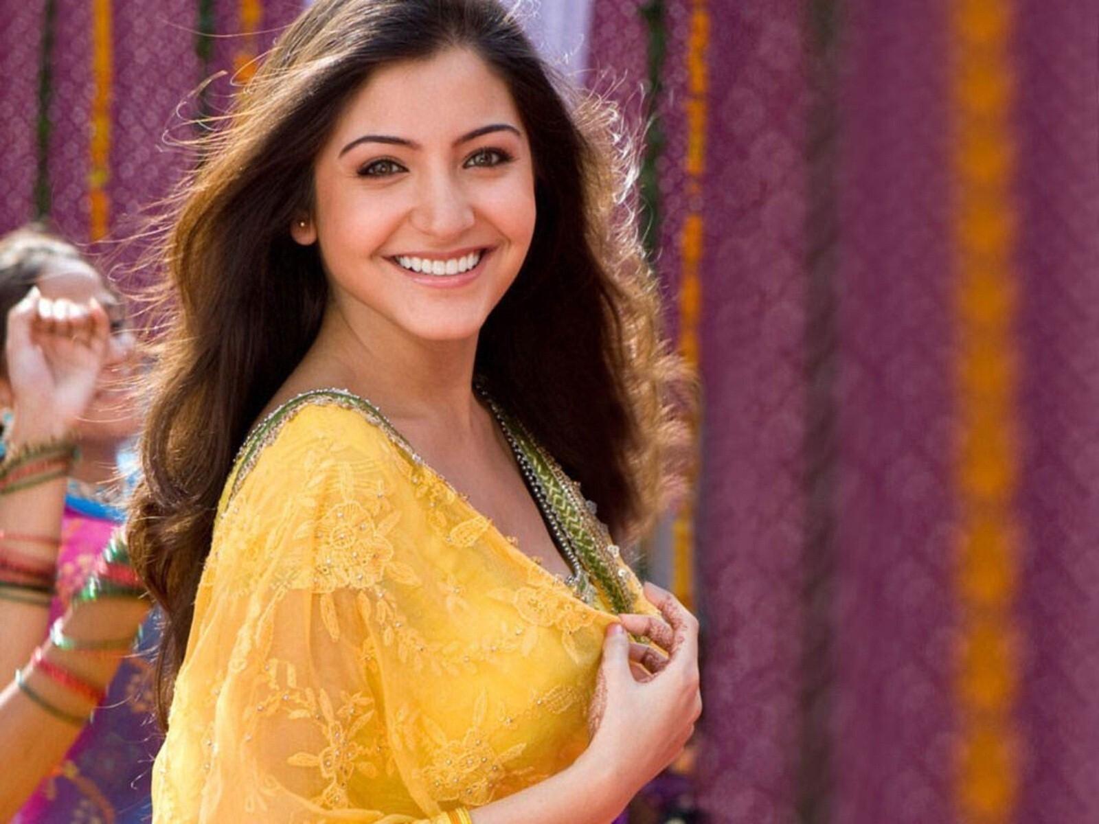 anushka sharma in yellow dress | hd wallpapers