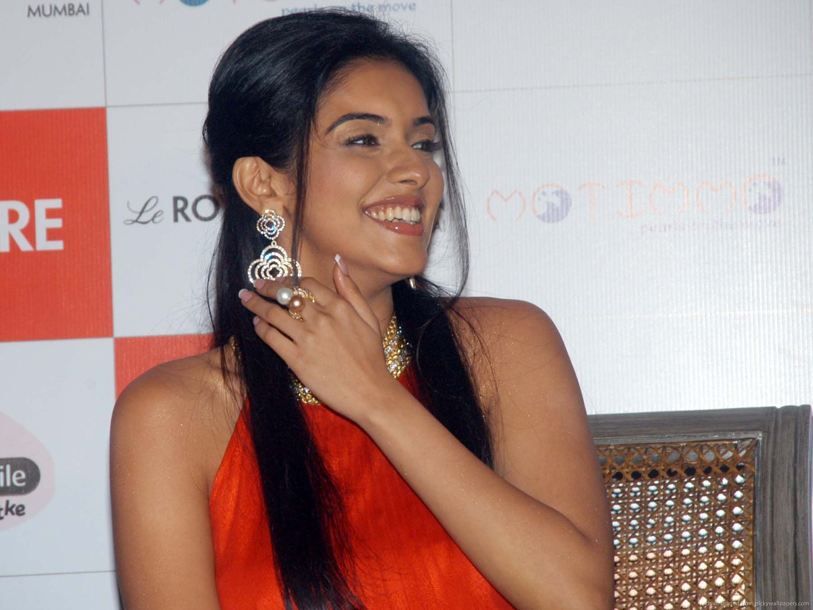 asin thottumkal beautiful bollywood celebrity hd wallpapers | hd