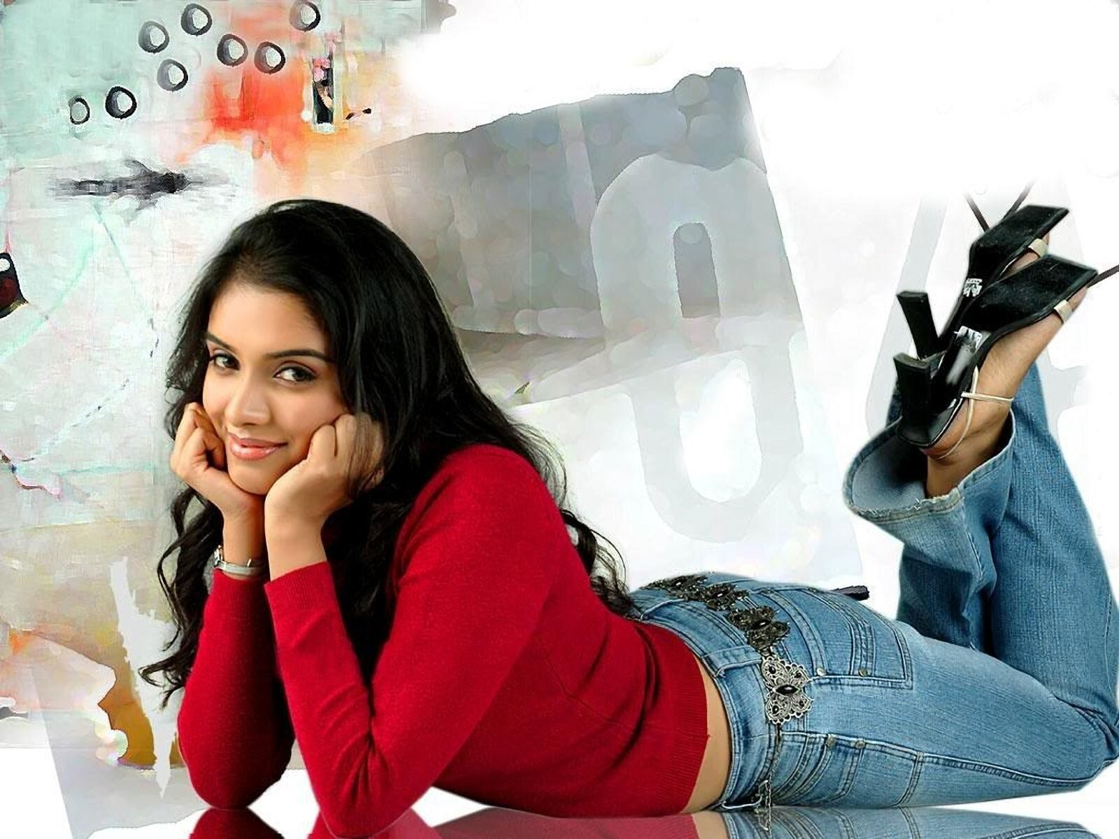 Asin Thottumkal In Jeans Added On Category