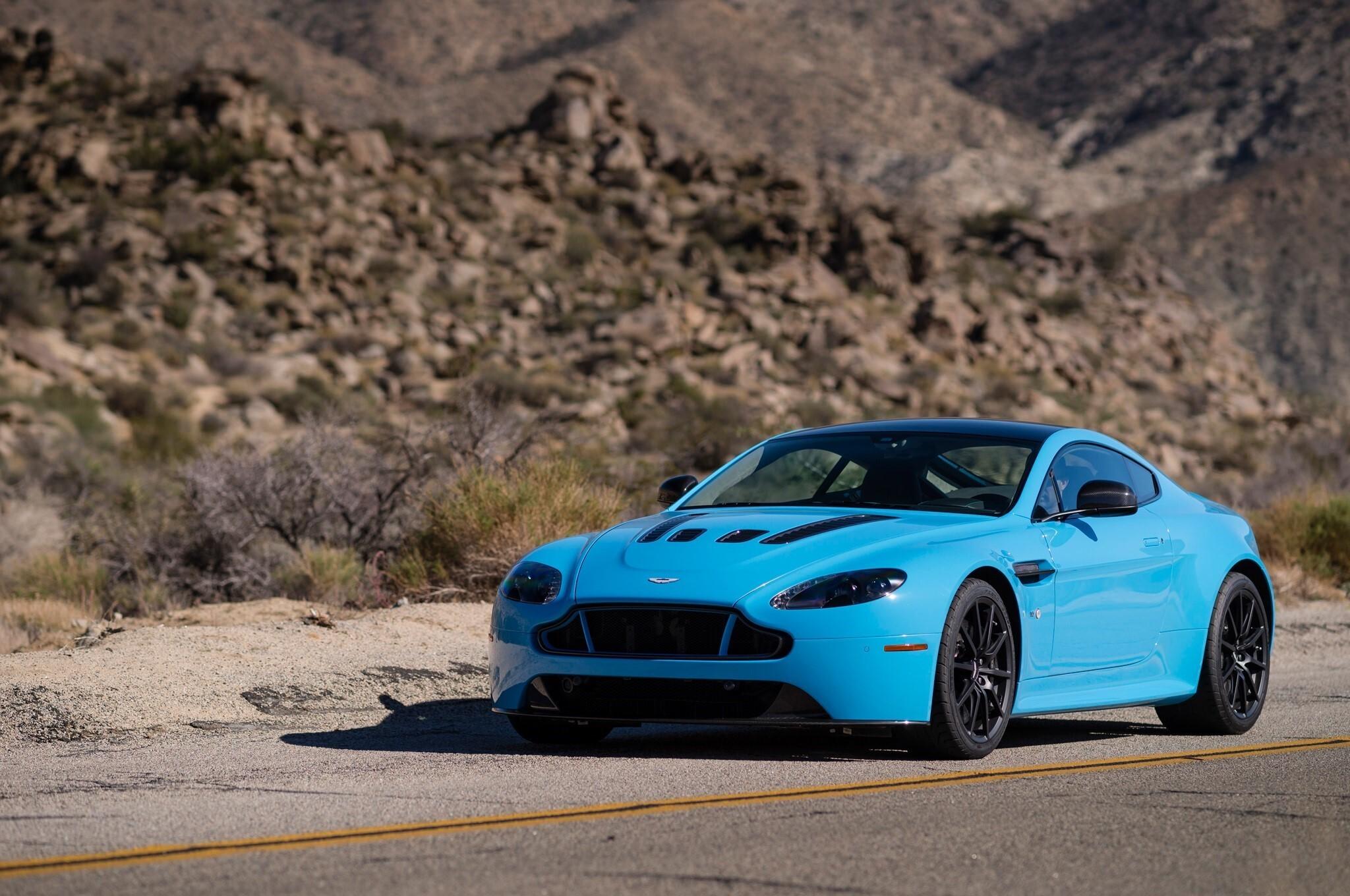 2015 Blue Aston Martin V12 Vantage S Front Cars Nice