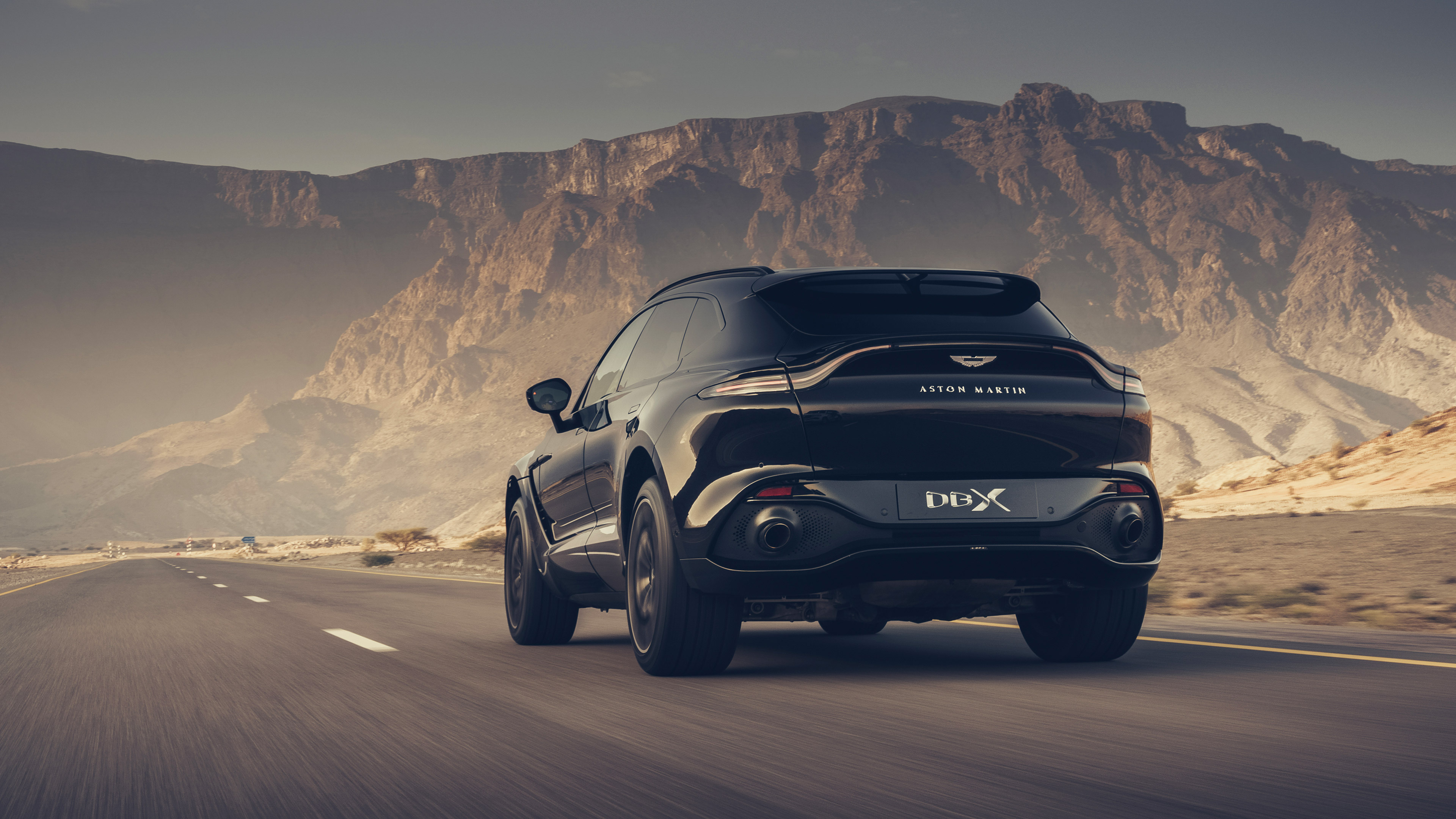 2021 Black Aston Martin Dbx 4k Ultra Hd Car Wallpaper Hd Wallpapers