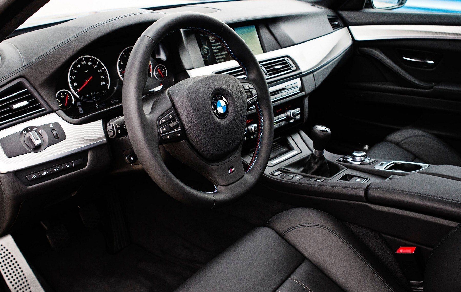 bmw m5 car interior wallpapers hd wallpapers. Black Bedroom Furniture Sets. Home Design Ideas