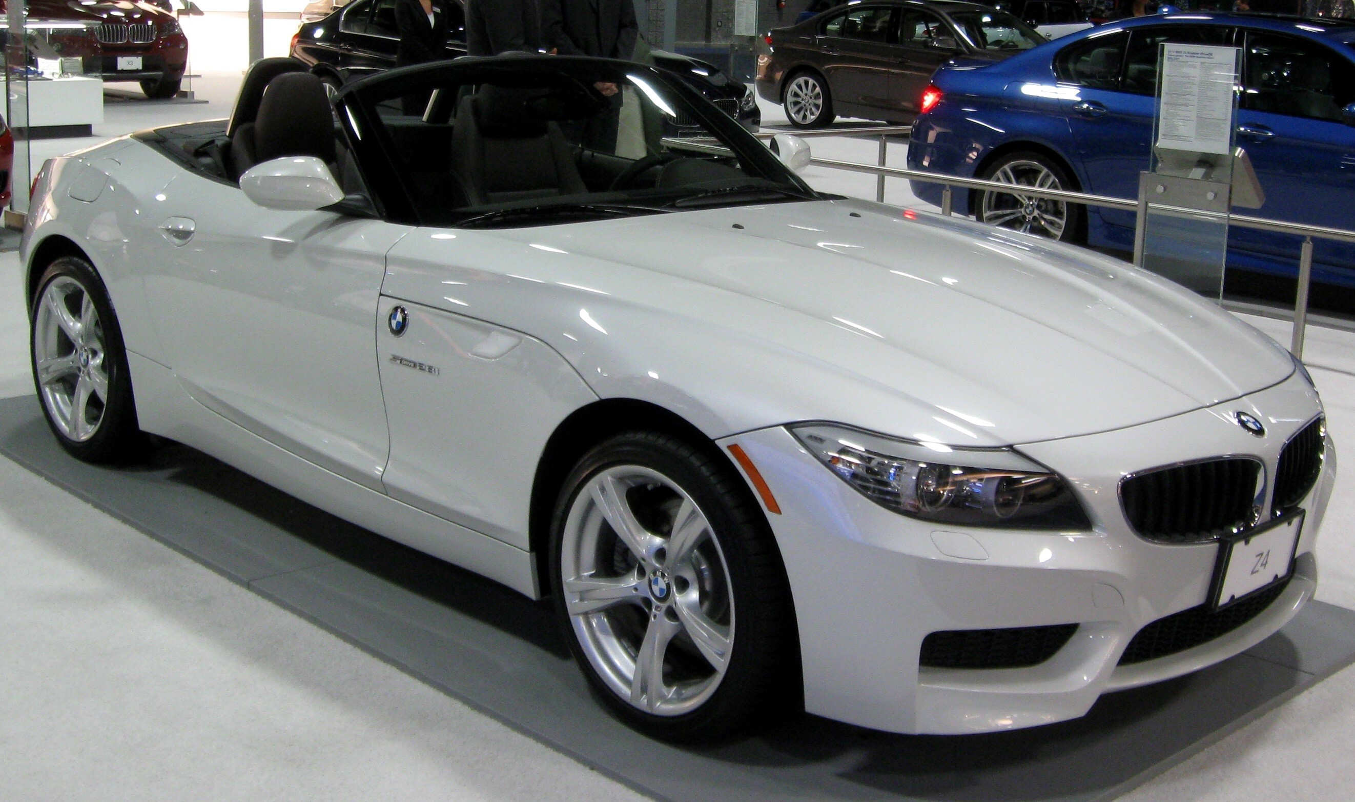 beautiful white bmw z4 car wallpapers download | hd wallpapers