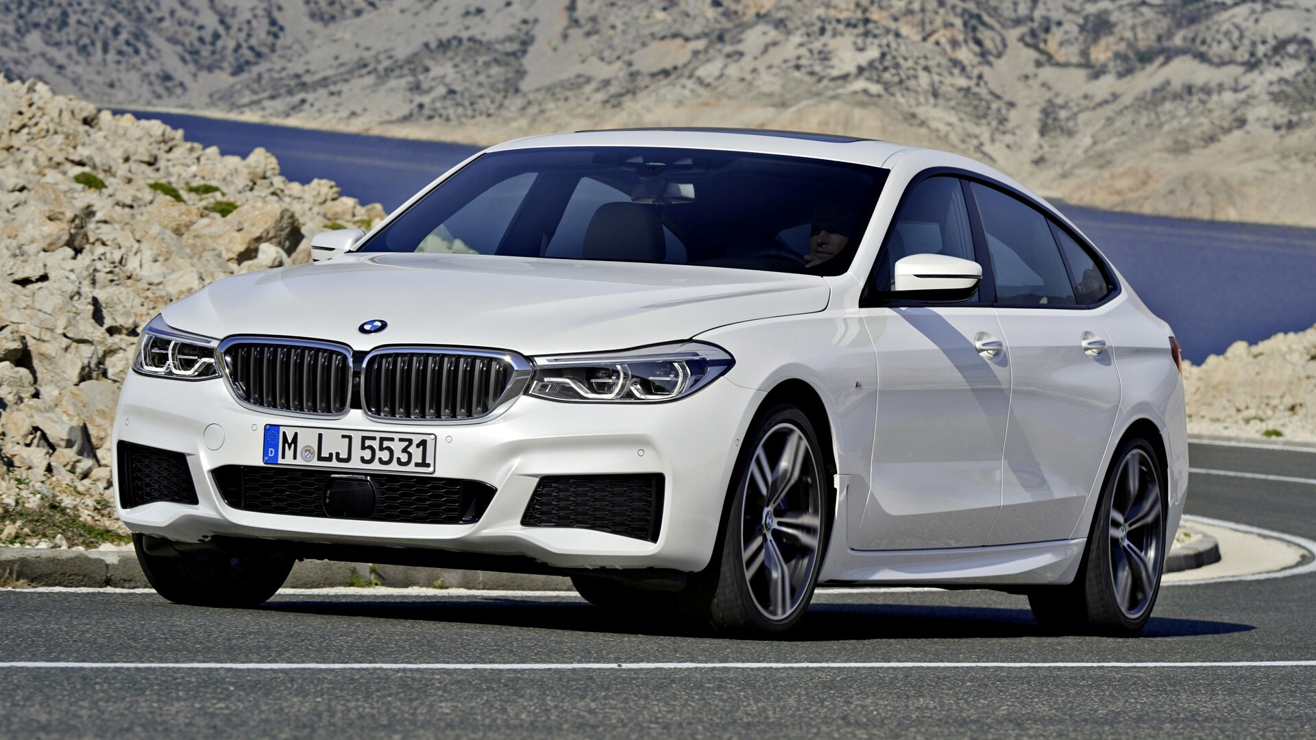 latest 2018 bmw 6 series gran coupe white car hd wallpapers