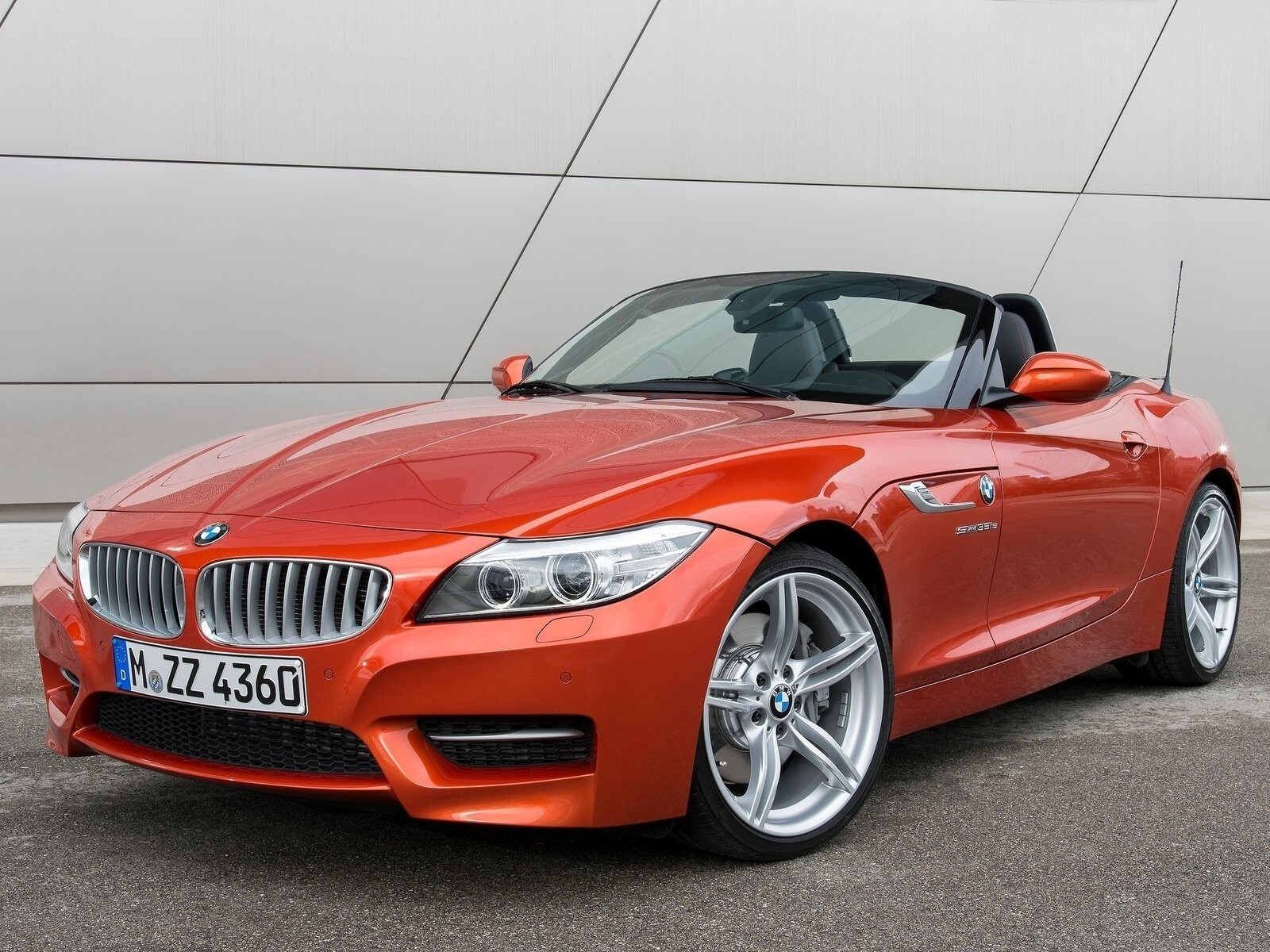 New 2 Seater Convertible Bmw Z4 Roadster 2014 Car Hd Wallpapers