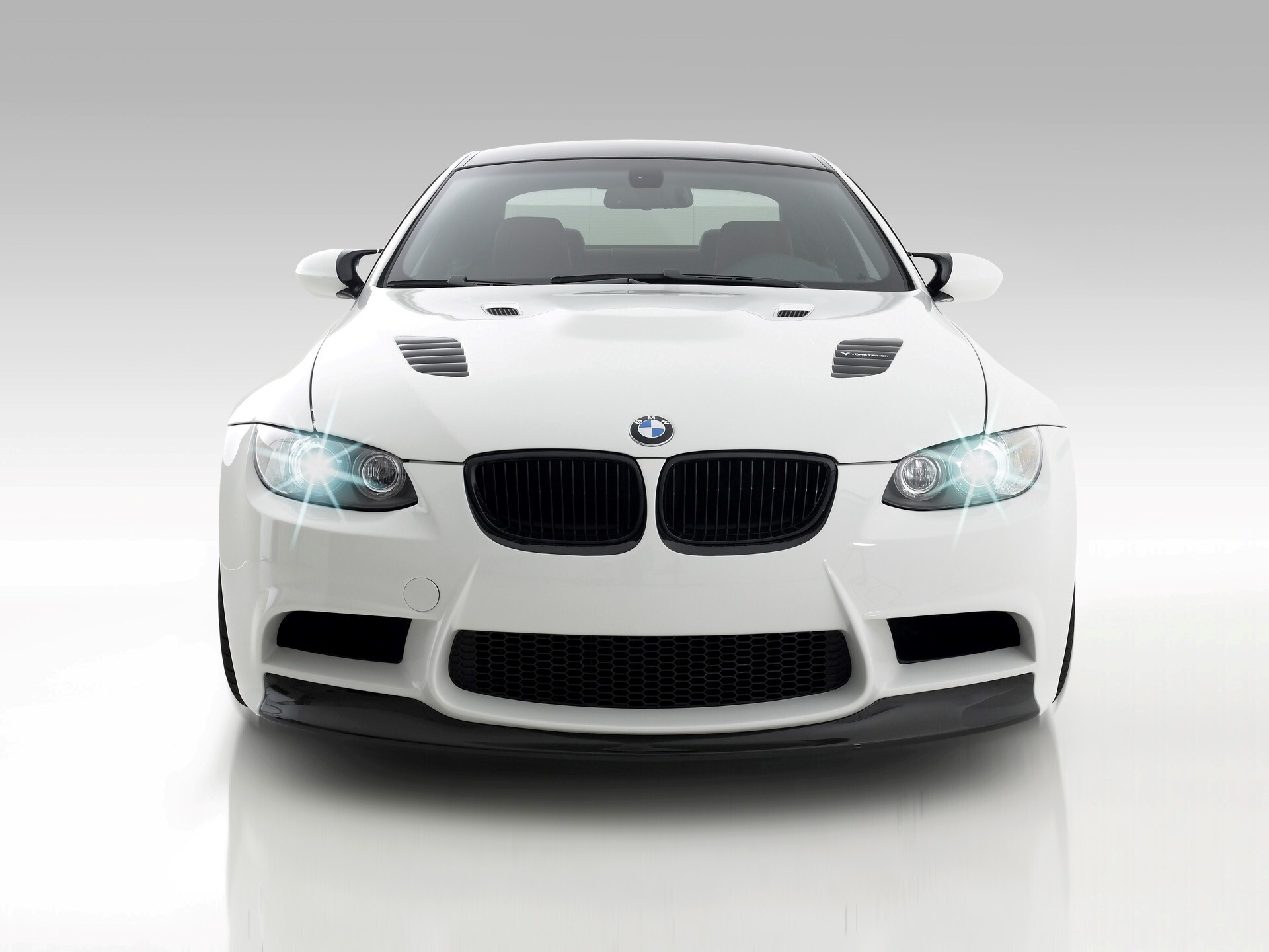 White Bmw Gts3 Cars Wallpapers Hd Wallpapers