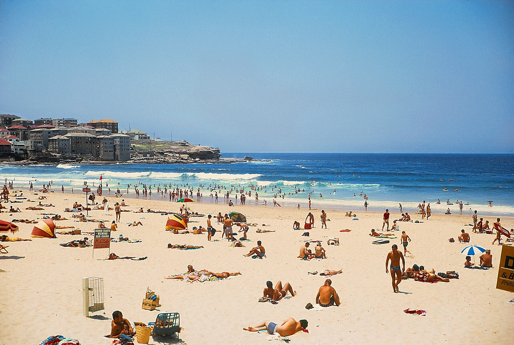 Bondi Beach In Sydney New South Wales Hd Wallpapers Hd Wallpapers