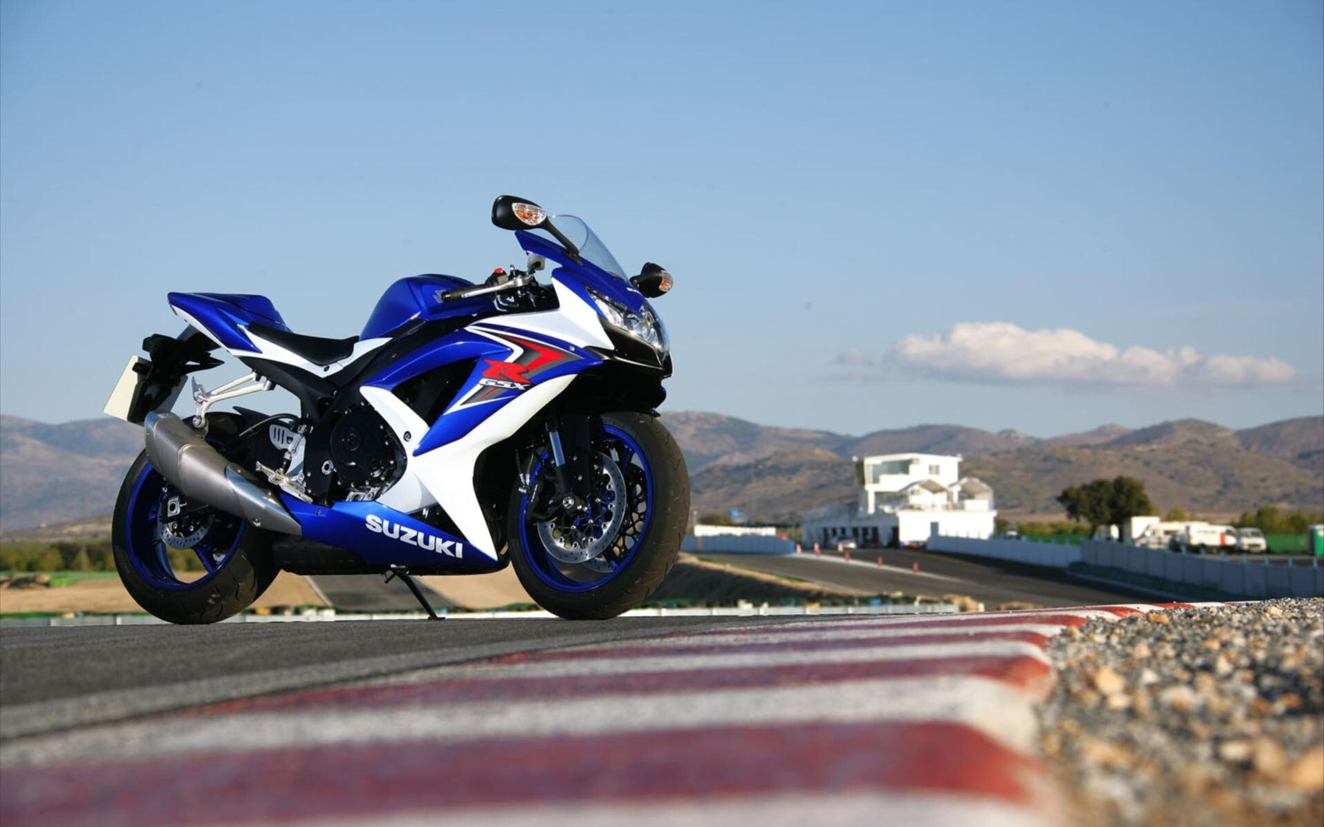 beautiful suzuki gsx r sport bike wallpaper | hd wallpapers