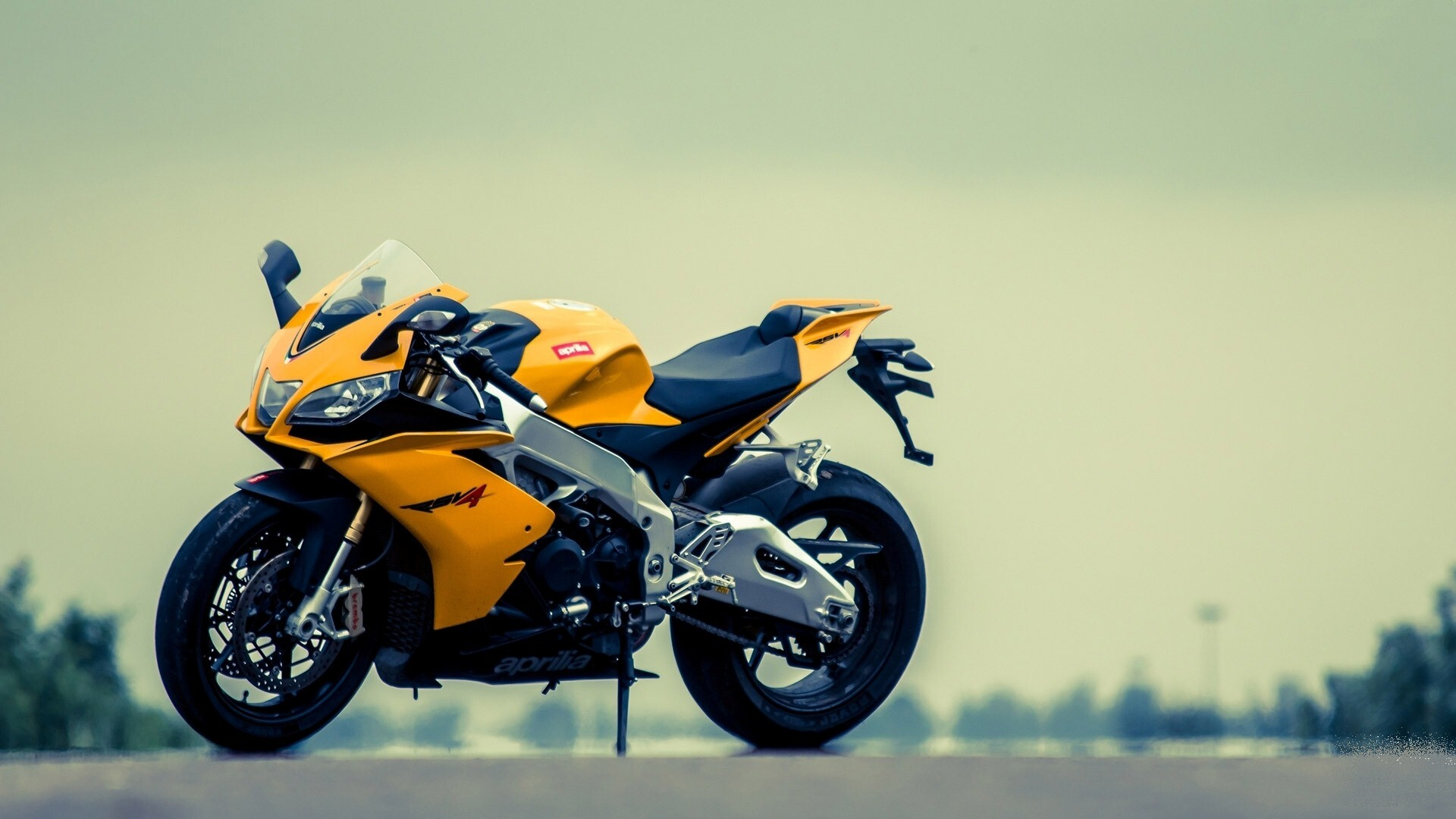 Background Images For Editing Hd Bike: Best Aprilia Yellow Bike HD Photo