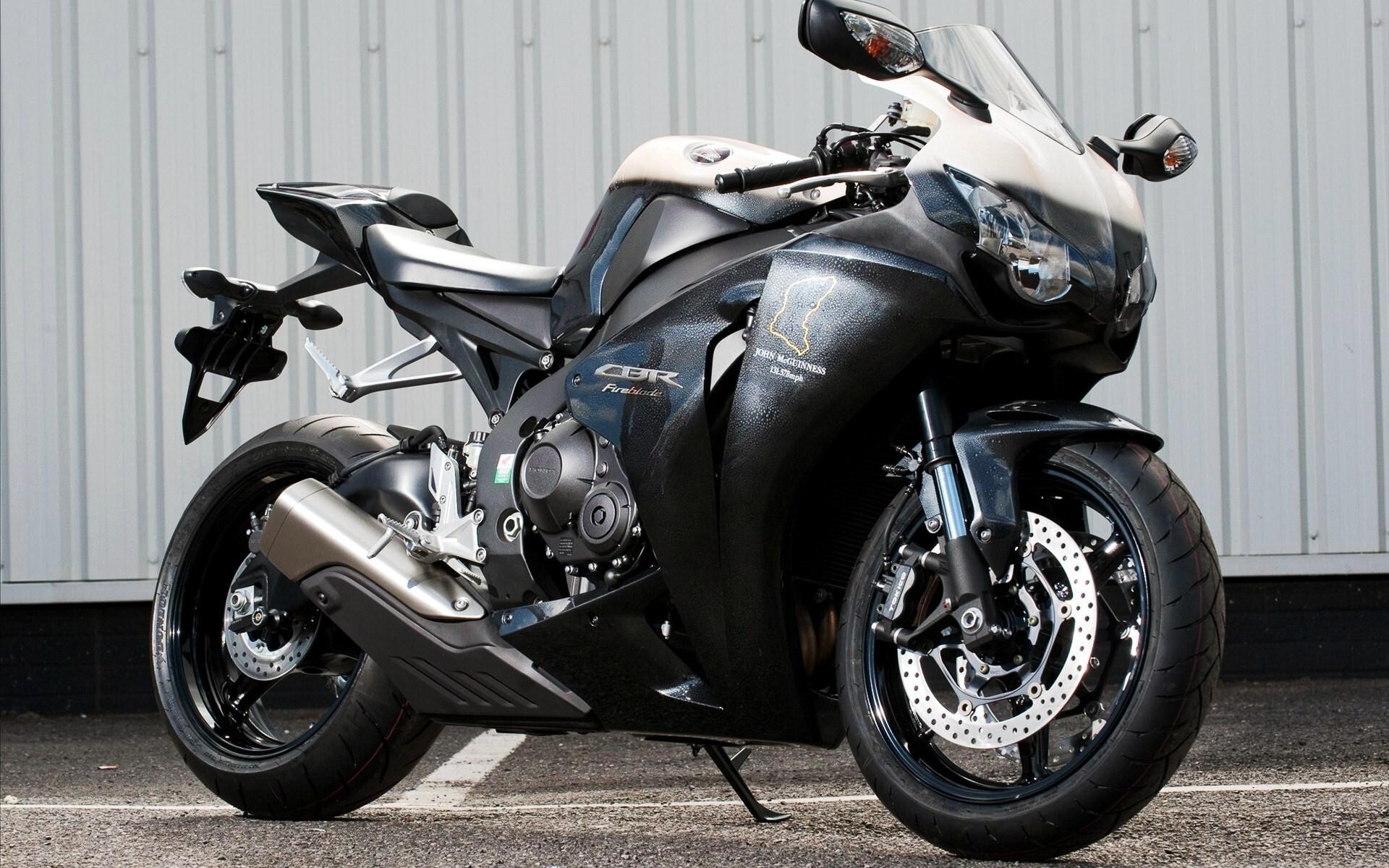 Honda Sport Cbr 100 New Bike Hd Wallpapers Hd Wallpapers