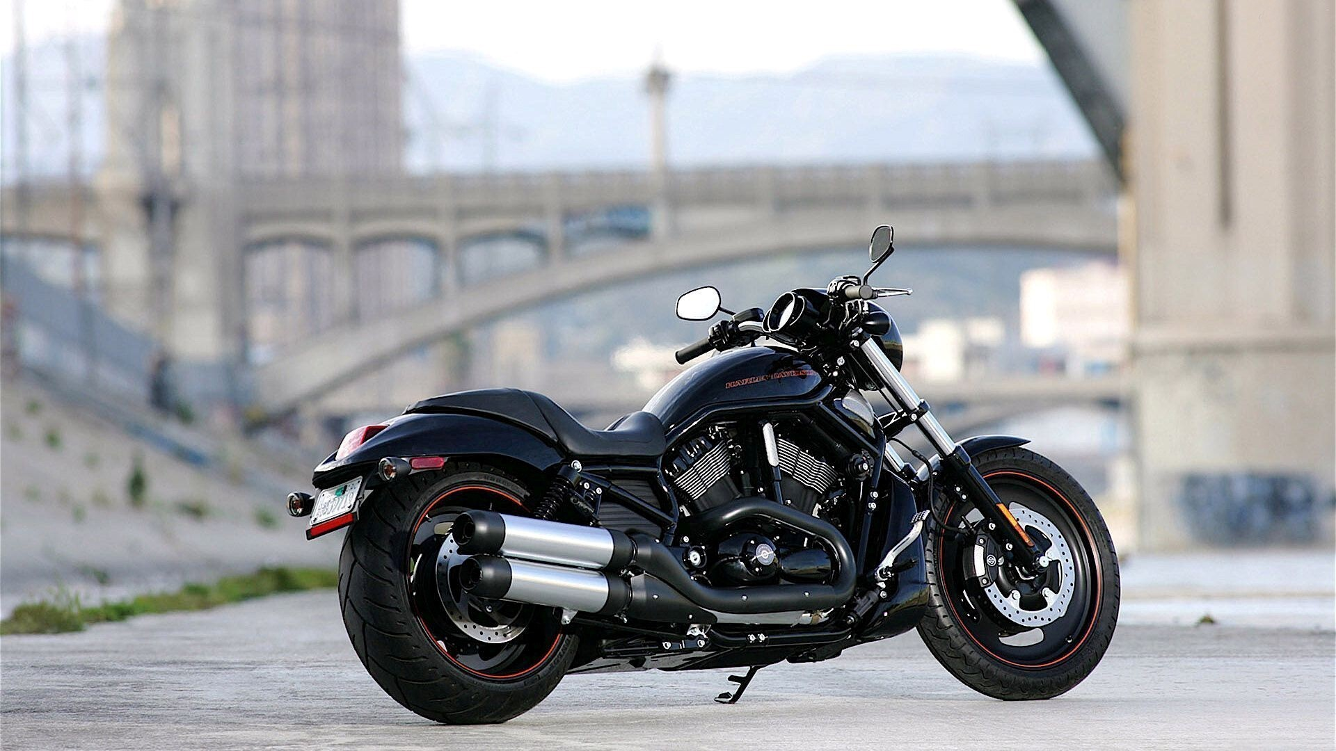 New harley davidson on road hd photo background hd wallpapers new harley davidson on road hd photo background voltagebd Image collections