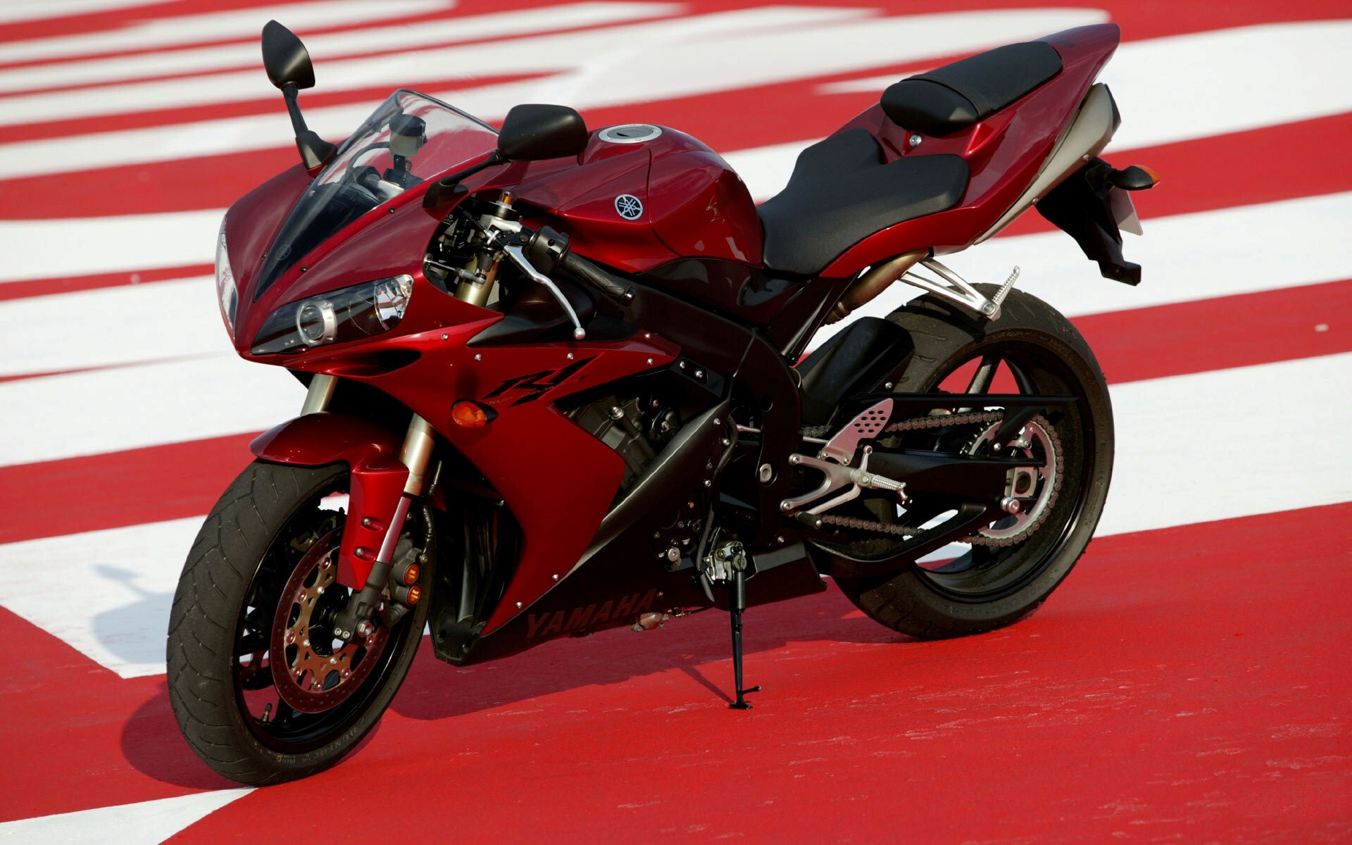 super yamaha r1 red bike hd wallpapers | hd wallpapers