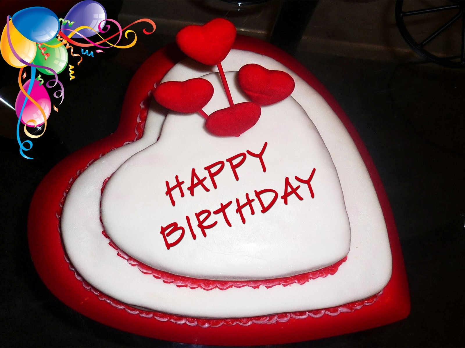 Happy Birthday In Heart Shape Cake Hd Wallpapers Hd Wallpapers