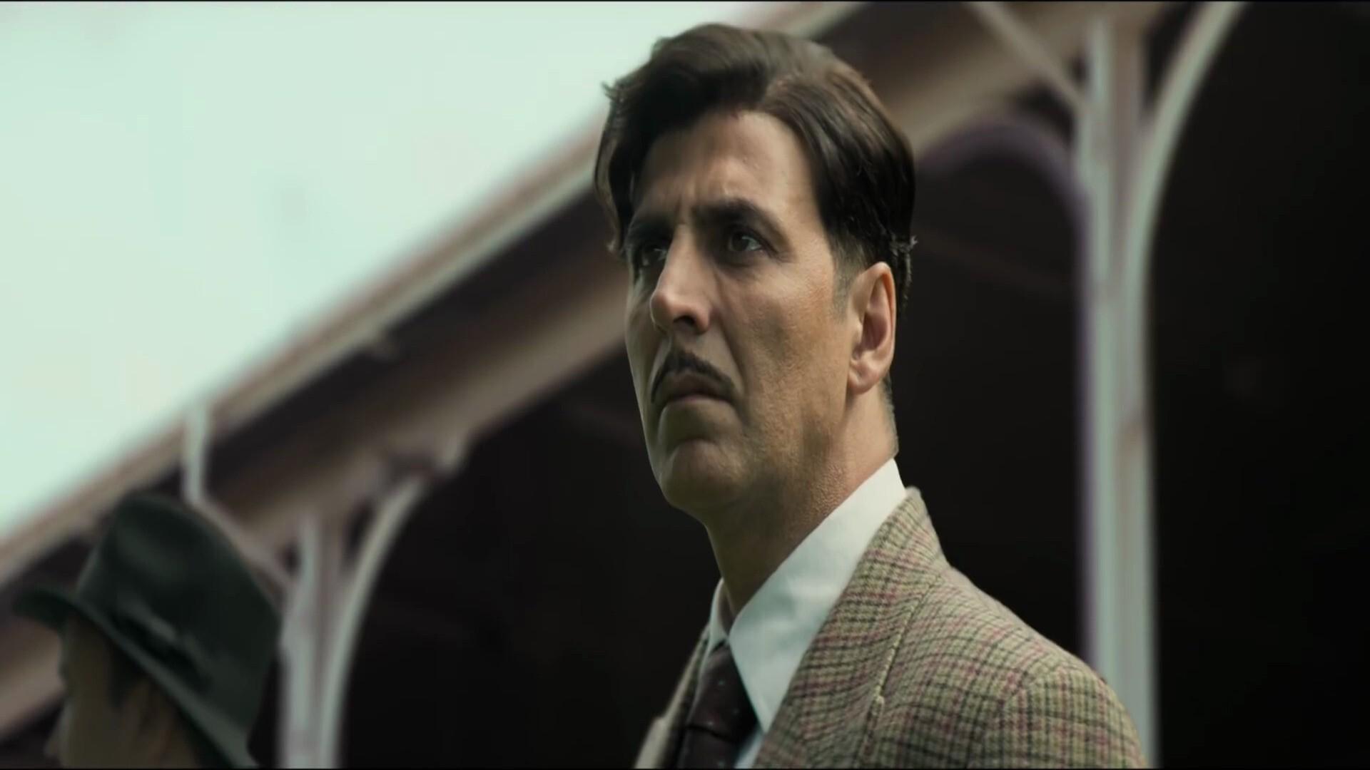 Akshay Kumar In Gold Hindi Film Wallpaper Hd Wallpapers
