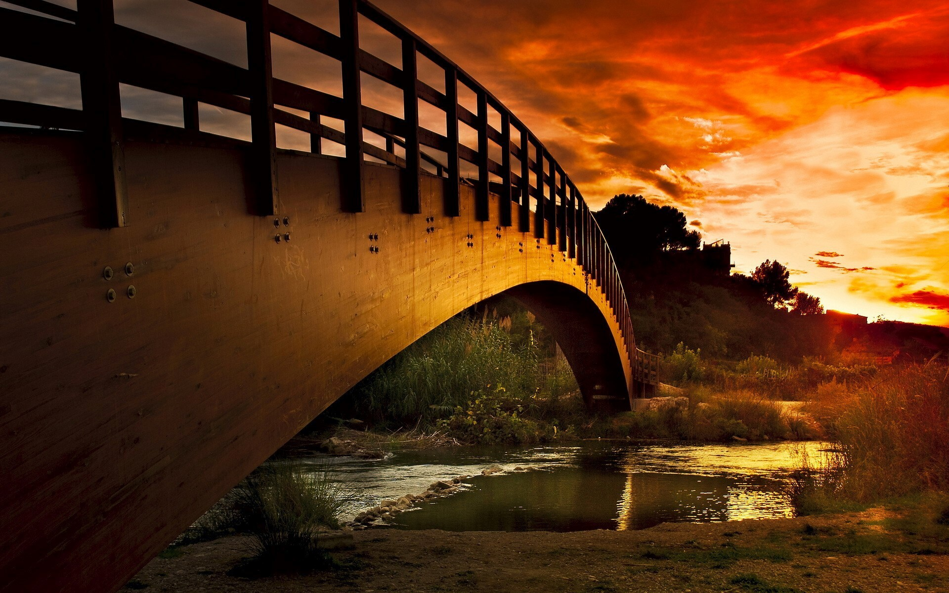 Nice super bridge on river and sunset view wallpapers hd for Nice wallpaper for walls