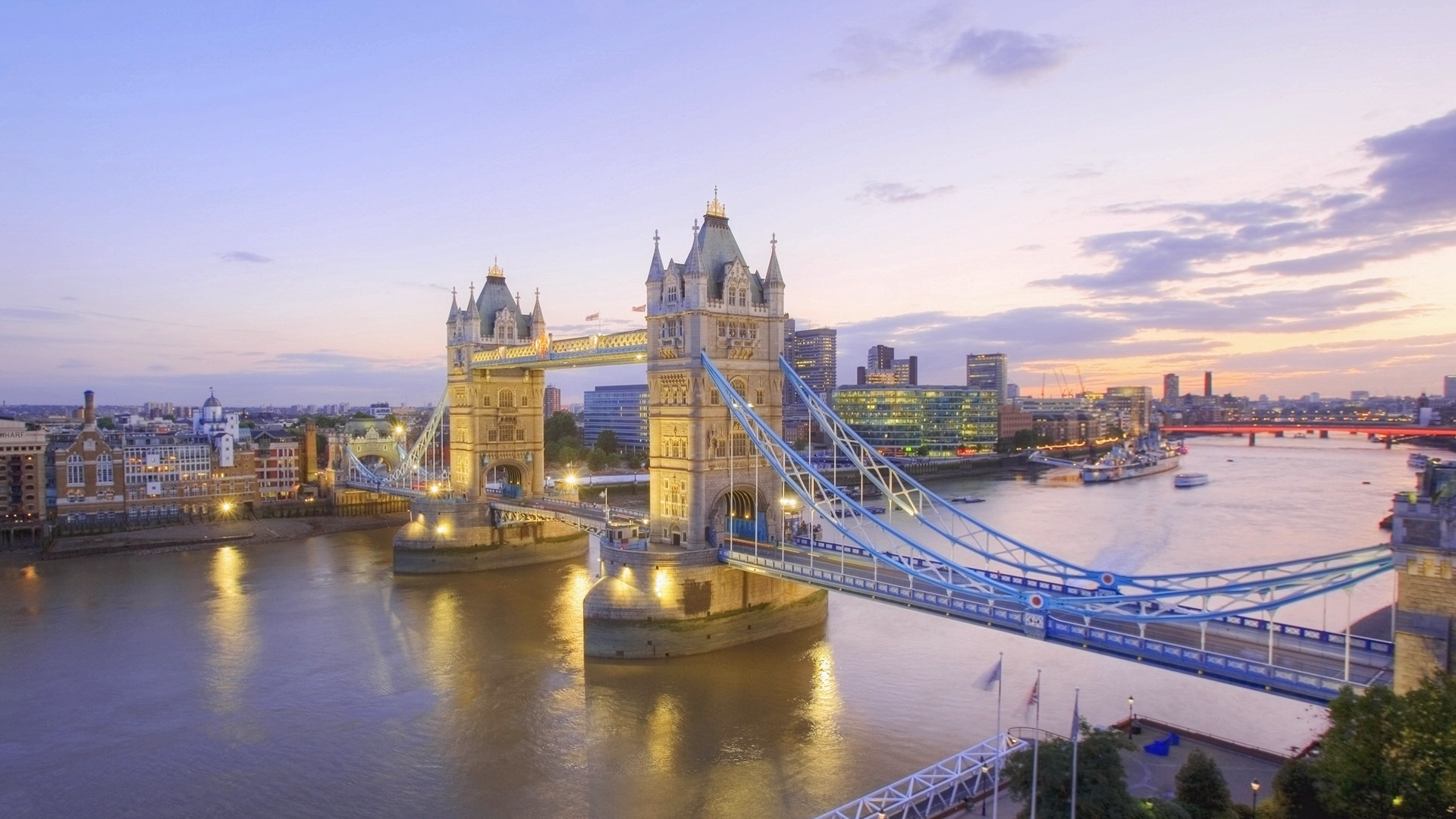 Night view of tower bridge in london image hd wallpapers night view of tower bridge in london image thecheapjerseys Gallery