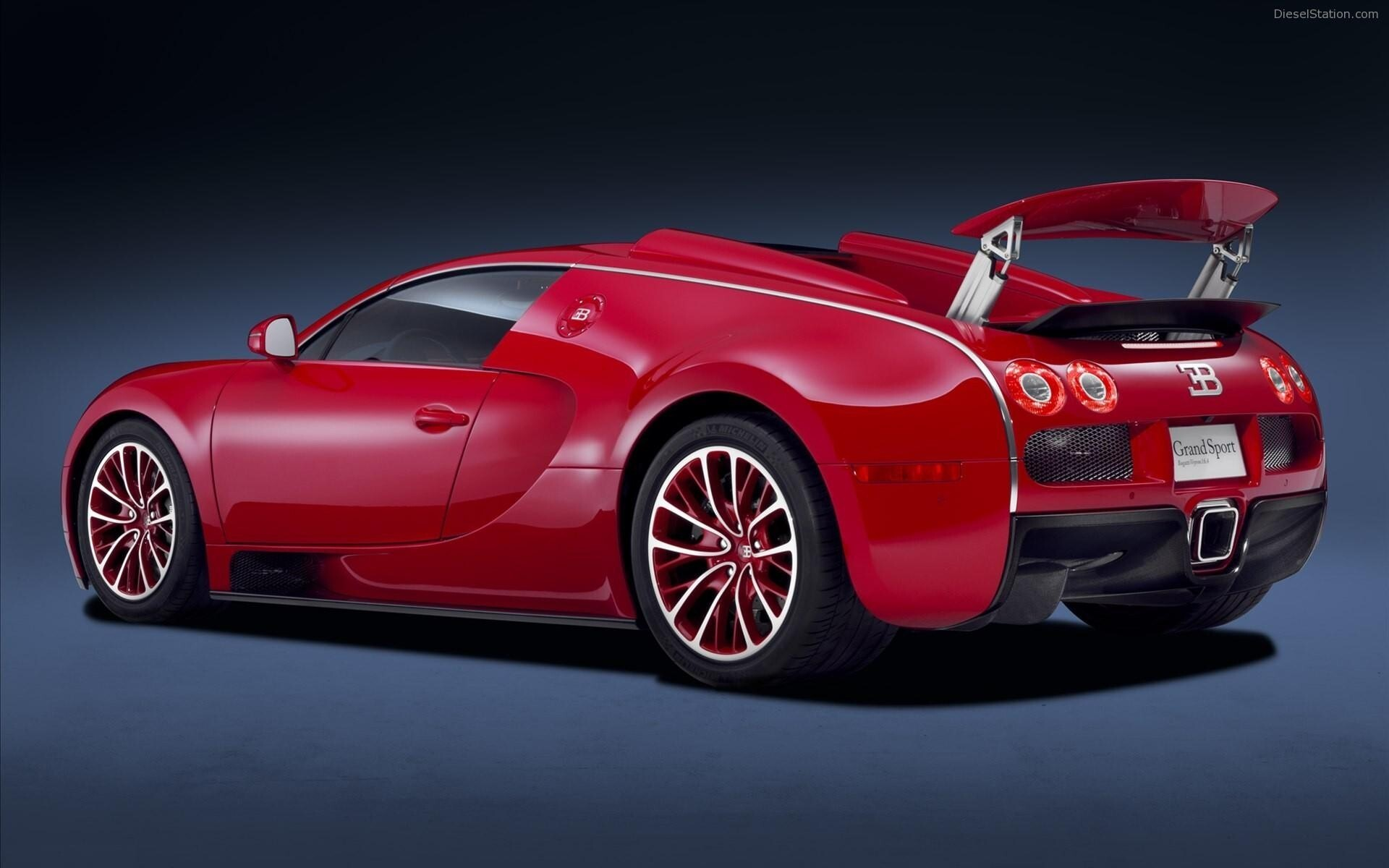 Red Bugatti Veyron Grand Sport Car Wallpapers Hd Wallpapers