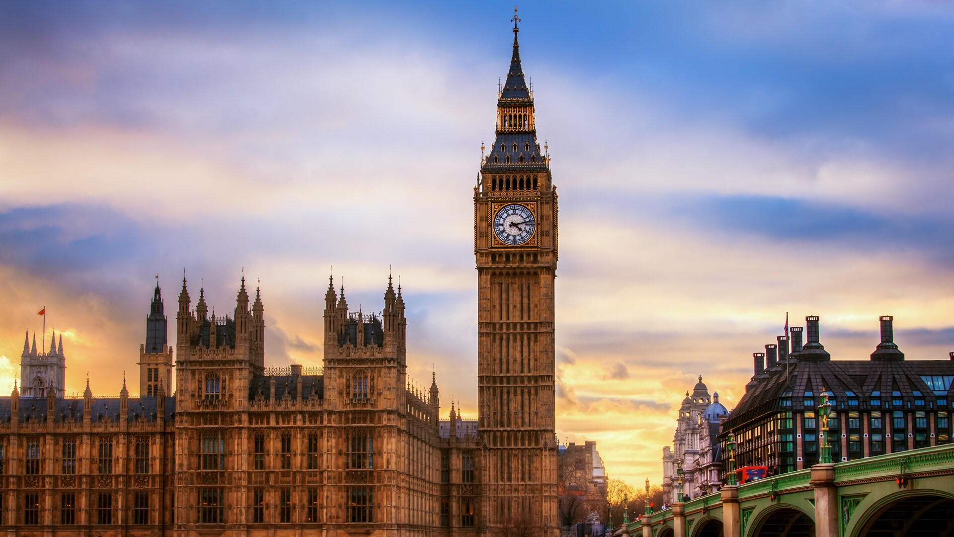 Travel Place Big Ben Clock Tower in UK   HD Wallpapers