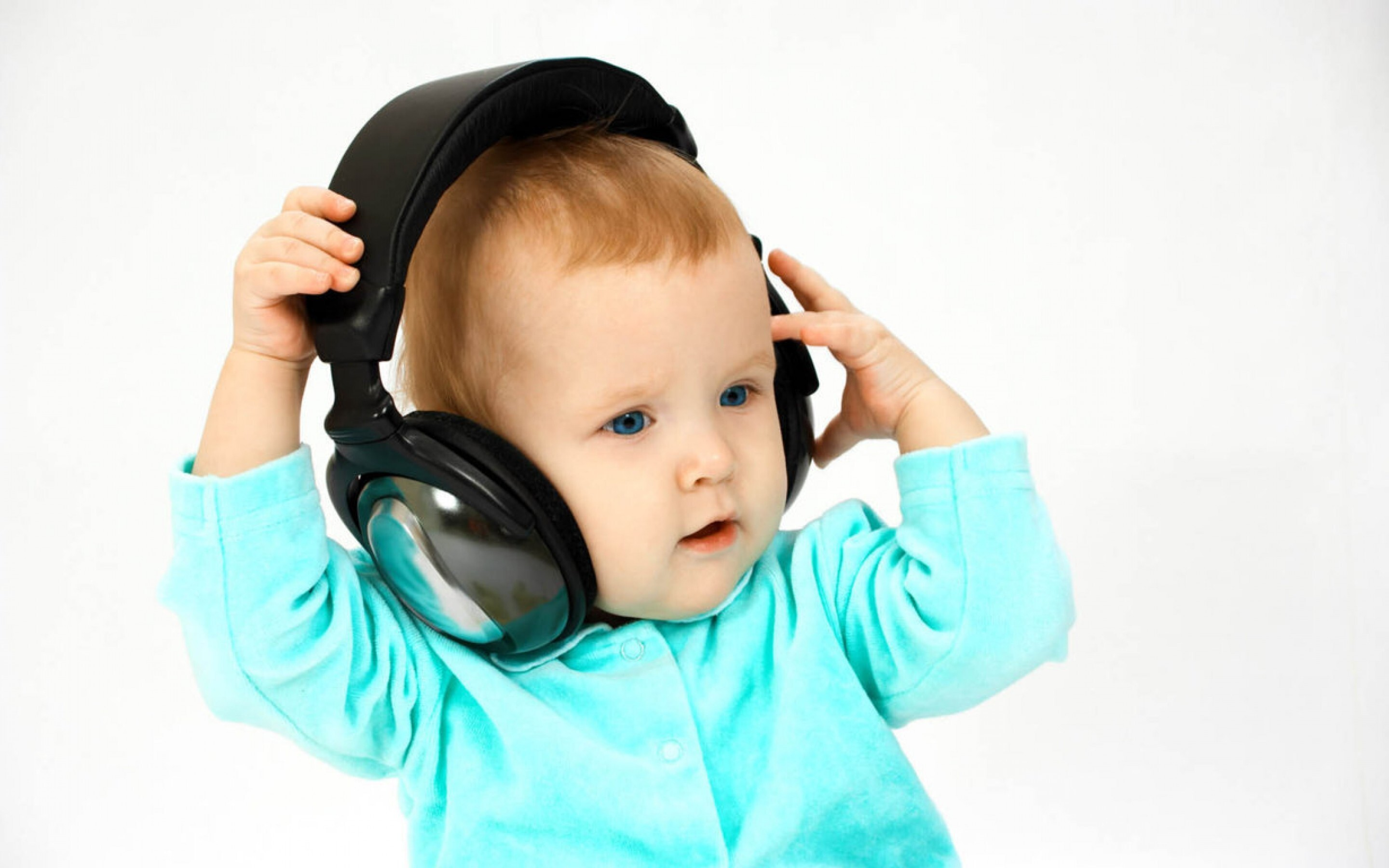 cute baby litioning song in headphone wallpapers | hd wallpapers