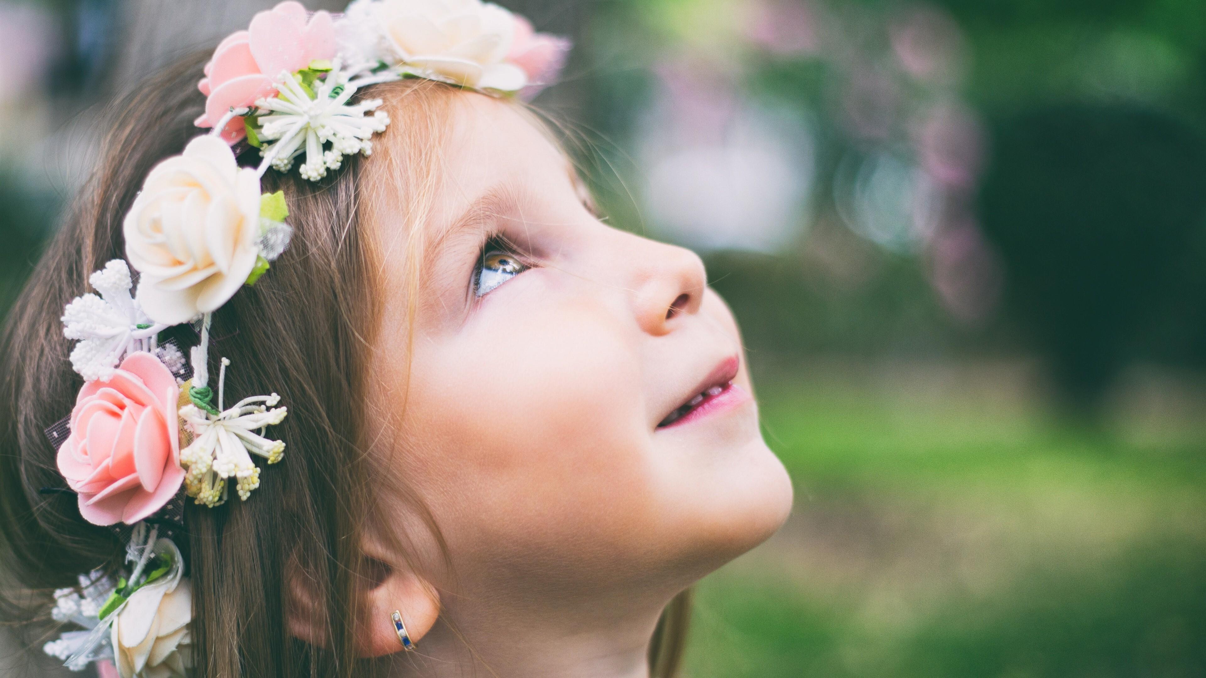 graceful baby girl wearing flower ring 4k wallpaper | hd wallpapers