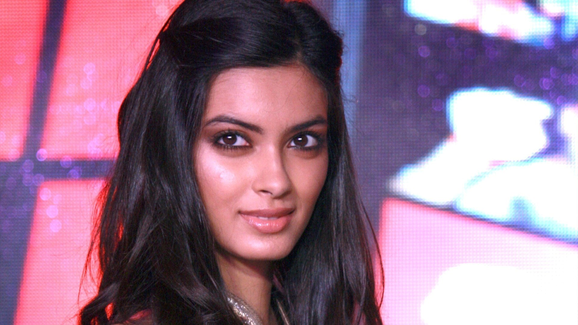 bollywood actress diana penty hd photo | hd wallpapers