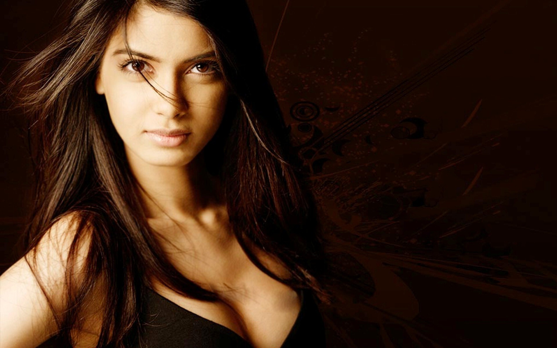 crazy look of diana penty bollywood actress wallpaper | hd wallpapers