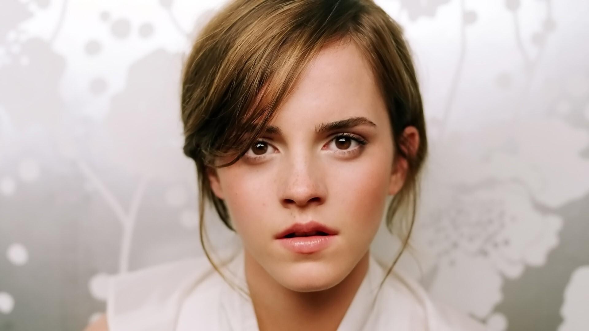 ... emma watson downloads 1644 tags emma watson hollywood celebrities Emma Watson
