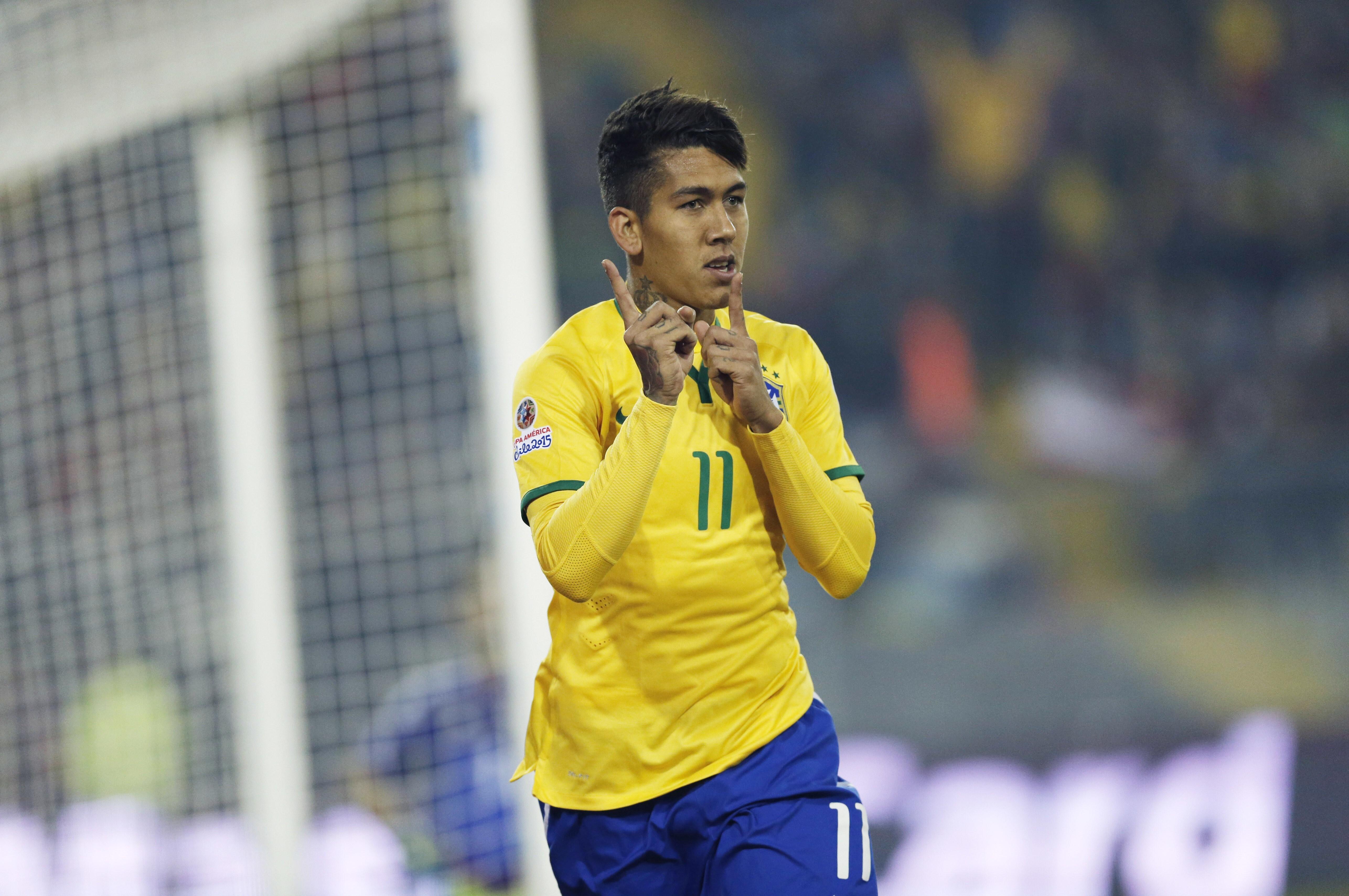 Roberto Firmino Brazilian Footballer HD Wallpapers