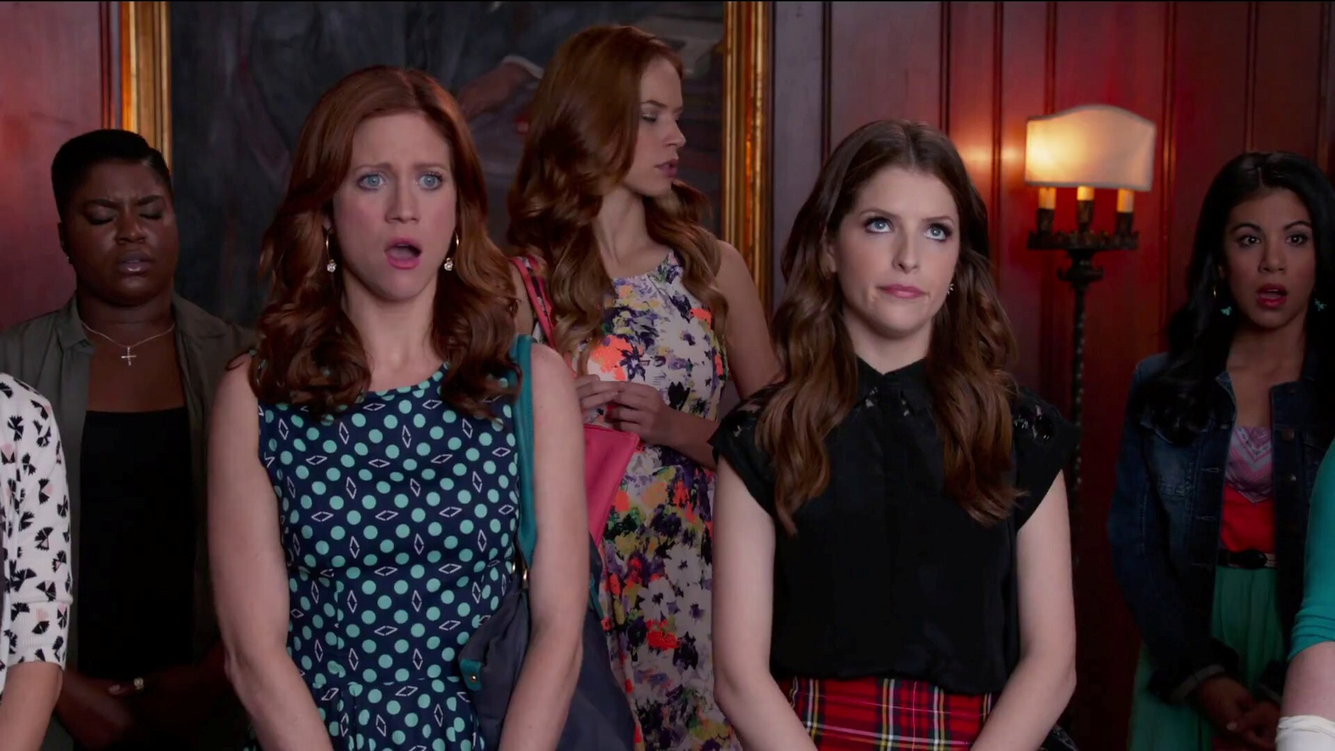 Anna Kendrick In Pitch Perfect 2 Latest Hollywood Film Wallpaper