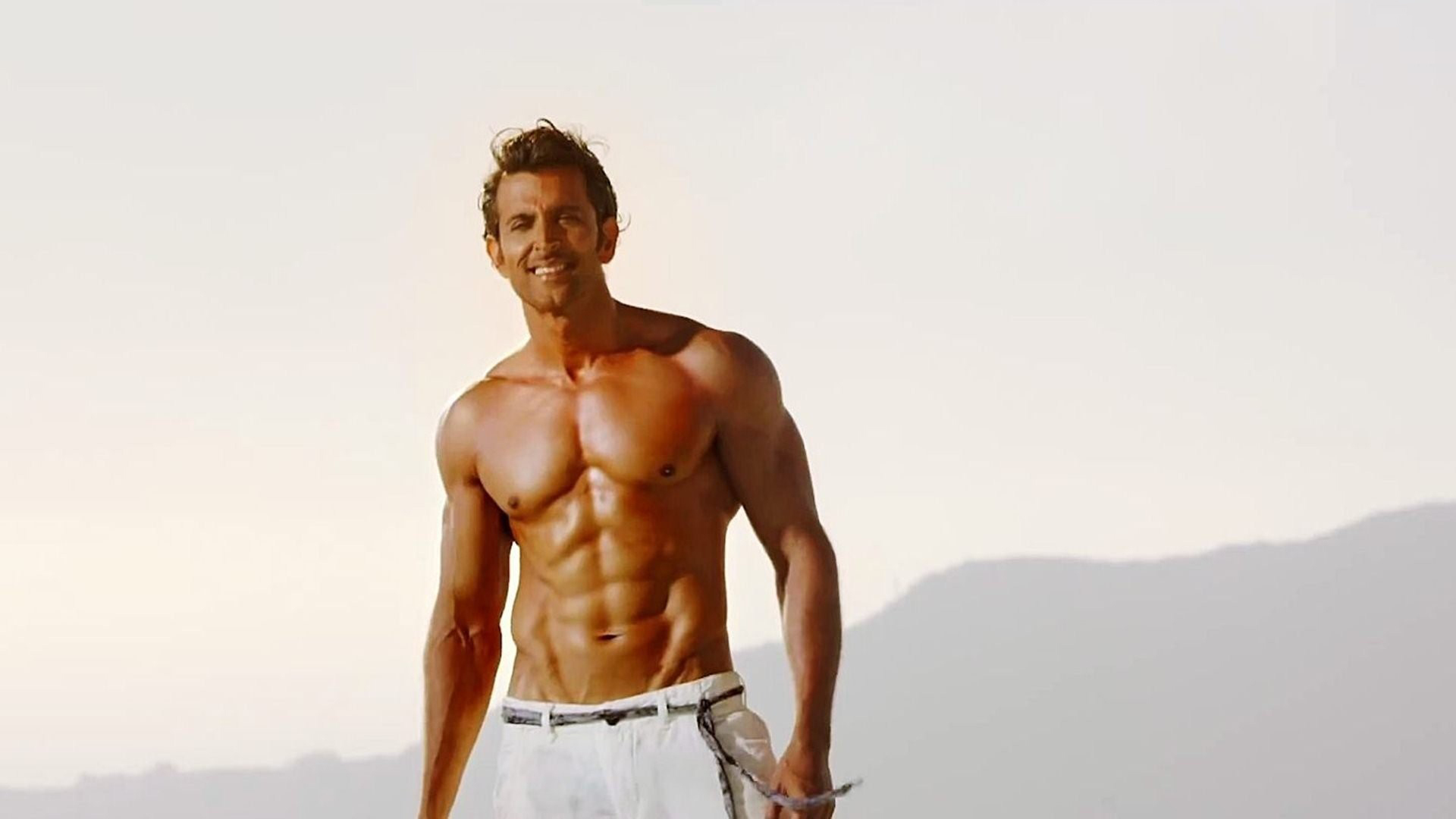 hrithik roshan downloads 4270 tags hrithik roshan actors celebritiesHrithik Roshan Body 2013