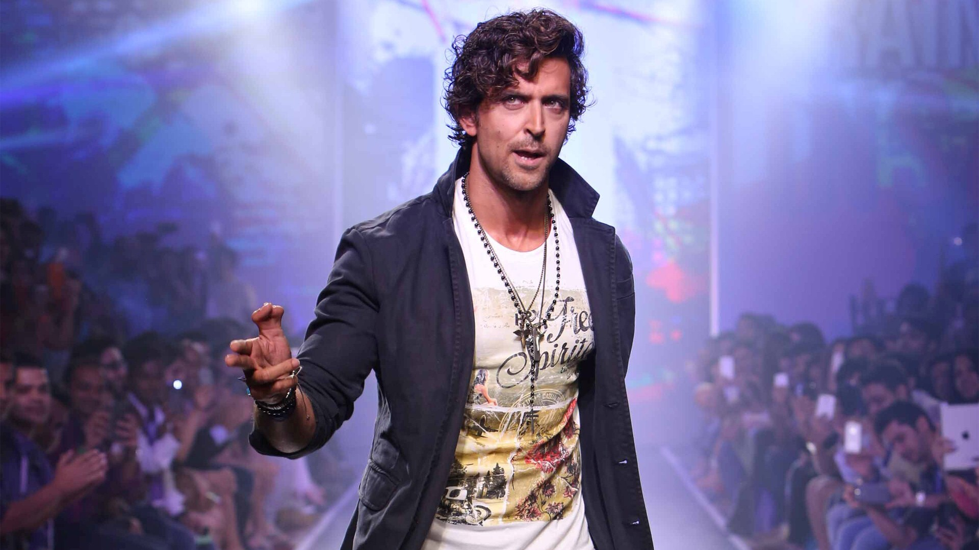famous film actor hrithik roshan unique hd wallpapers | hd wallpapers