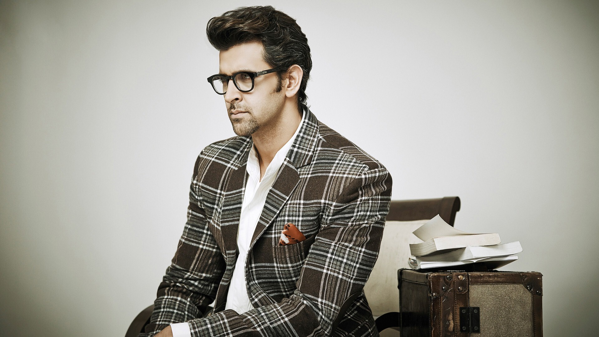 Hrithik Roshan in Goggles Photo | HD Wallpapers