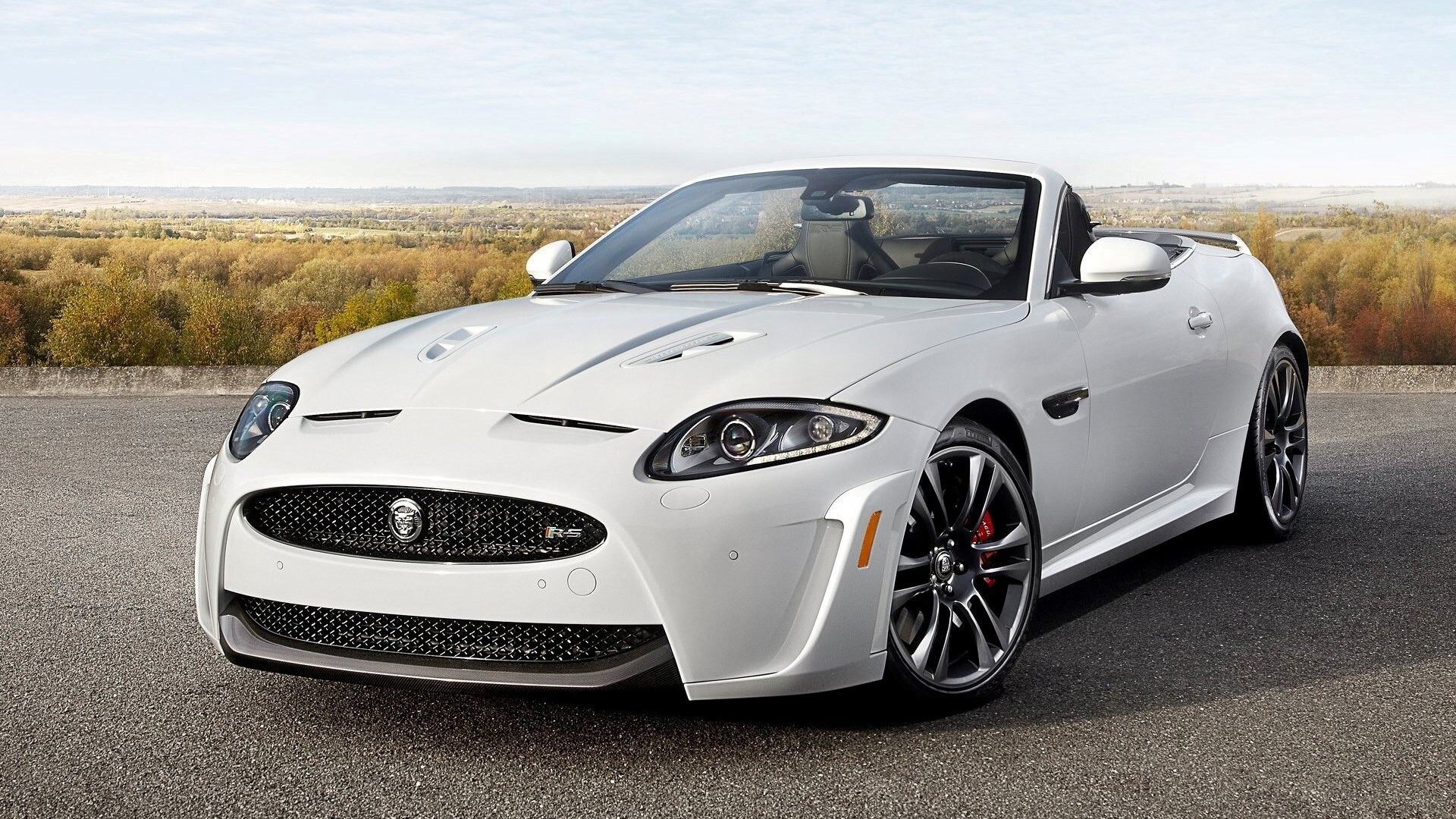Captivating Jaguar Coupe XKR S White 2013 Luxury Convertible Car Wallpaper
