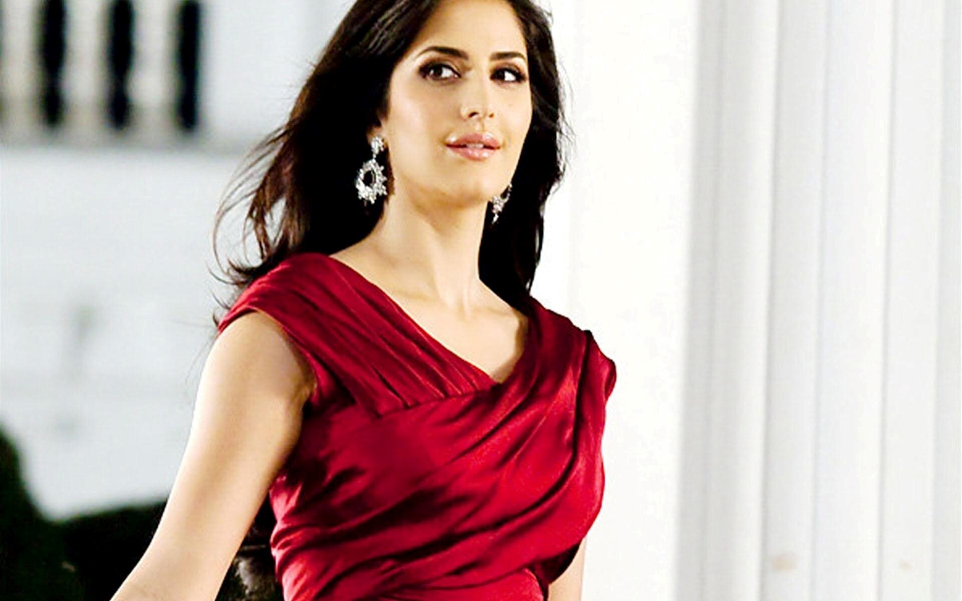 hot bollywood actress katrina kaif in red clothe | hd wallpapers